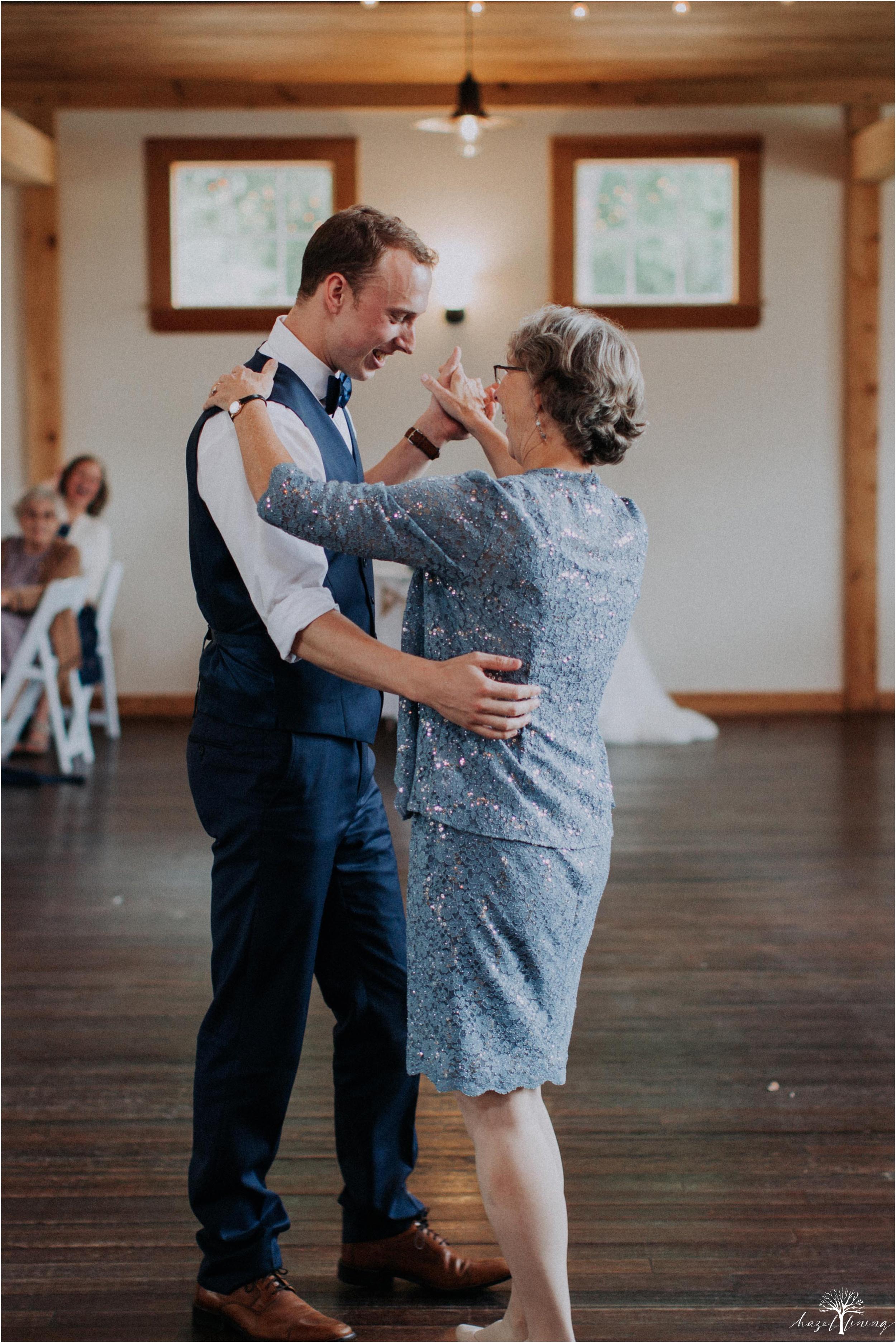 mariah-kreyling-samuel-sherratt-sherrattwiththeworld-peirce-farm-at-witch-hill-boston-massachusetts-wedding-photography-hazel-lining-travel-wedding-elopement-photography_0173.jpg