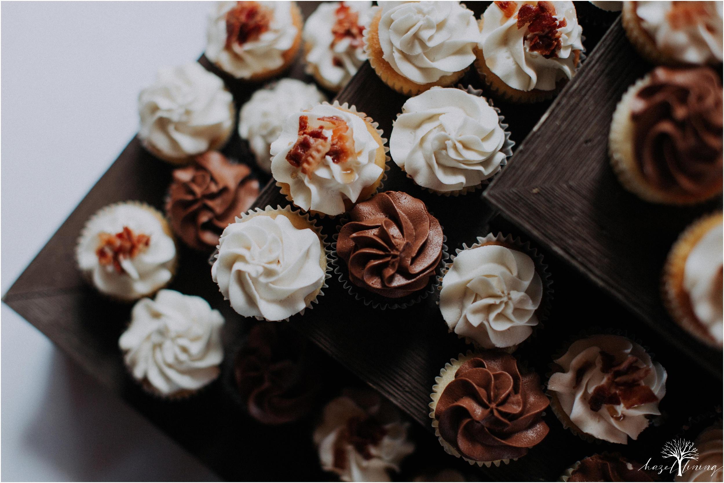 mariah-kreyling-samuel-sherratt-sherrattwiththeworld-peirce-farm-at-witch-hill-boston-massachusetts-wedding-photography-hazel-lining-travel-wedding-elopement-photography_0179.jpg