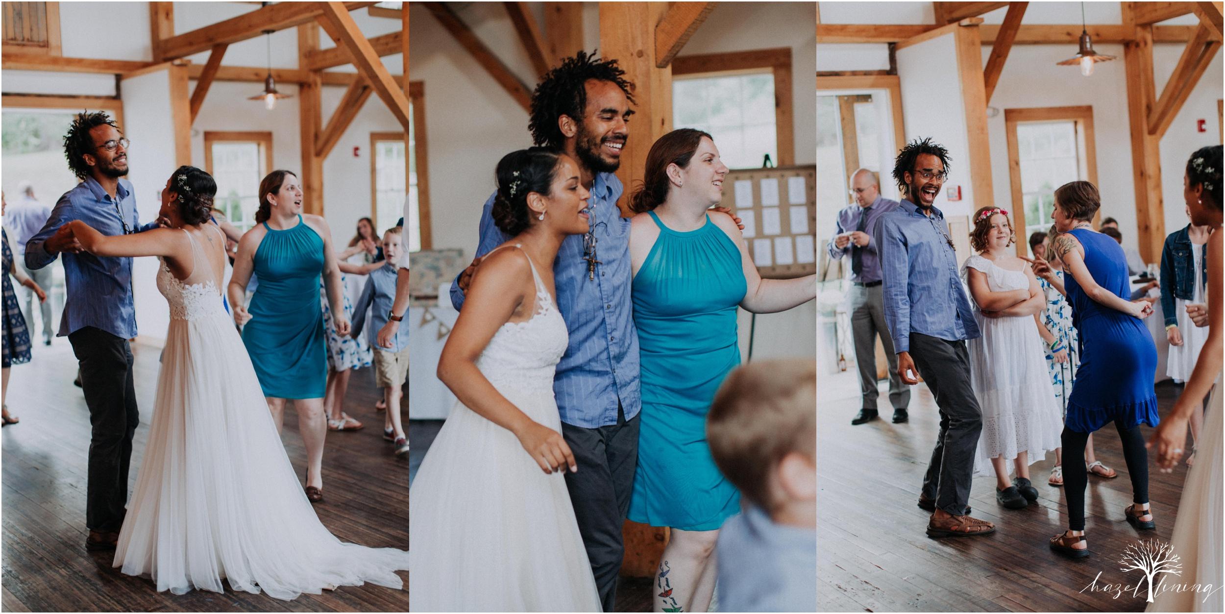 mariah-kreyling-samuel-sherratt-sherrattwiththeworld-peirce-farm-at-witch-hill-boston-massachusetts-wedding-photography-hazel-lining-travel-wedding-elopement-photography_0194.jpg