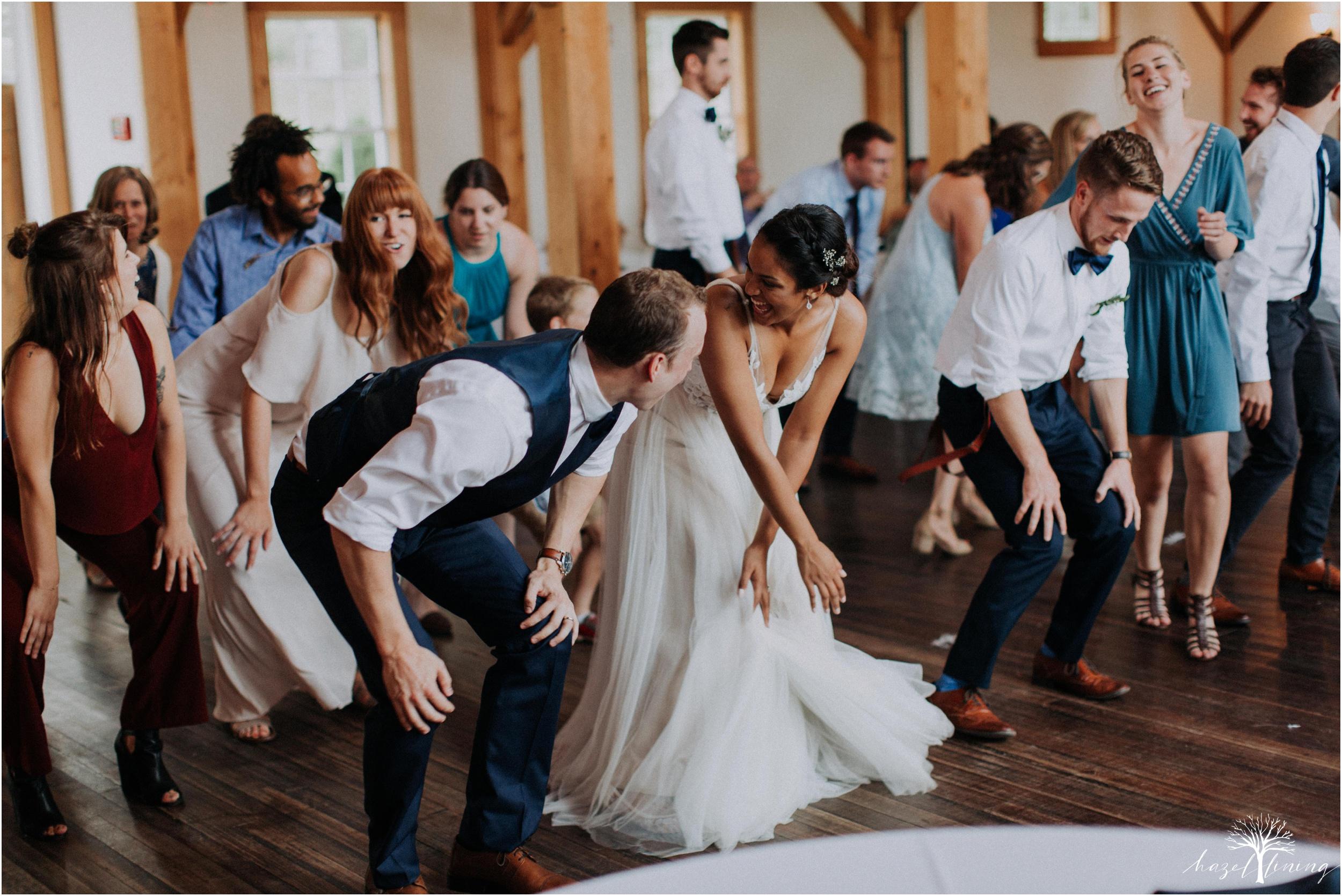 mariah-kreyling-samuel-sherratt-sherrattwiththeworld-peirce-farm-at-witch-hill-boston-massachusetts-wedding-photography-hazel-lining-travel-wedding-elopement-photography_0192.jpg