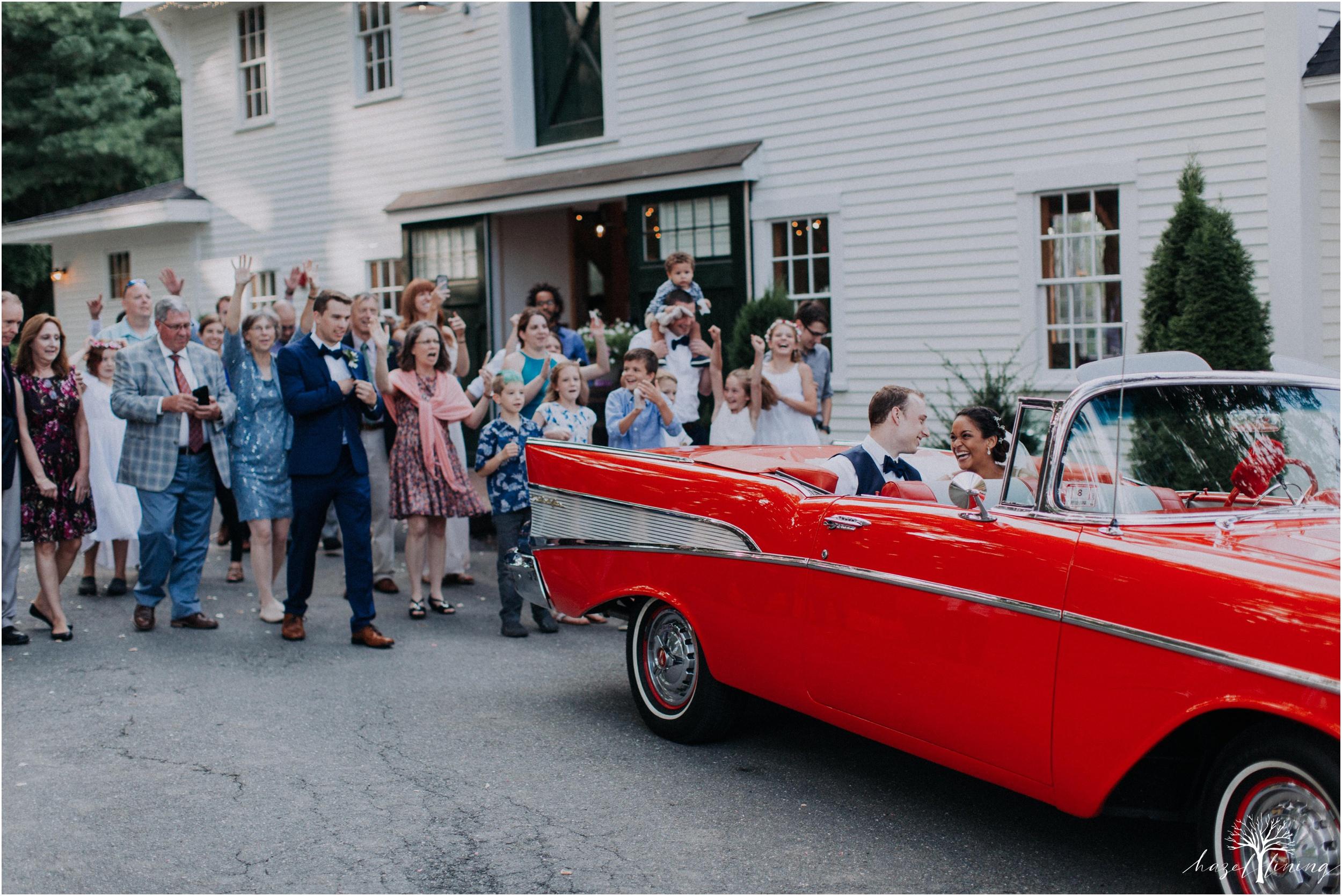 mariah-kreyling-samuel-sherratt-sherrattwiththeworld-peirce-farm-at-witch-hill-boston-massachusetts-wedding-photography-hazel-lining-travel-wedding-elopement-photography_0210.jpg