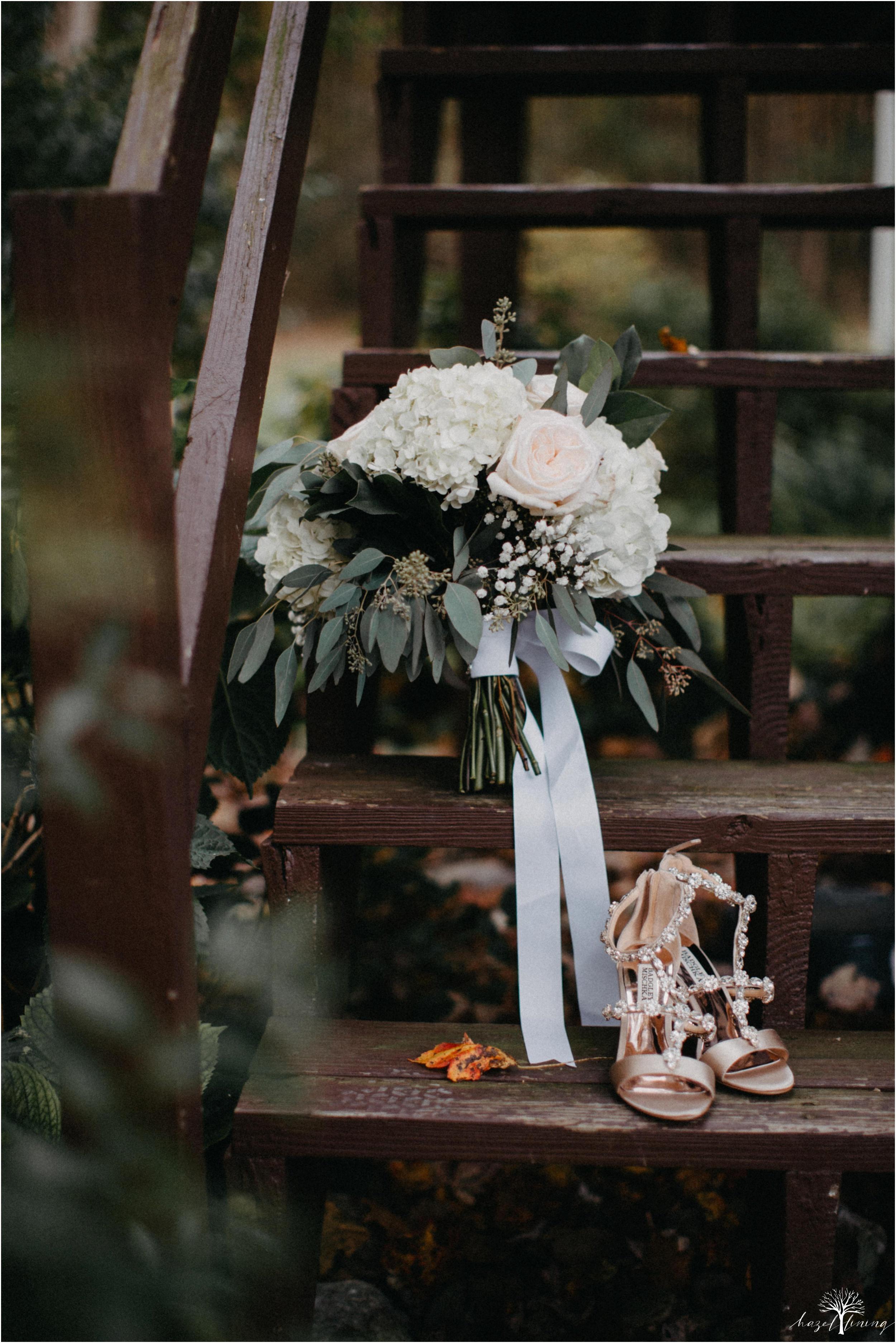 jessie-martin-zach-umlauf-olde-homestead-golfclub-outdoor-autumn-wedding_0002.jpg