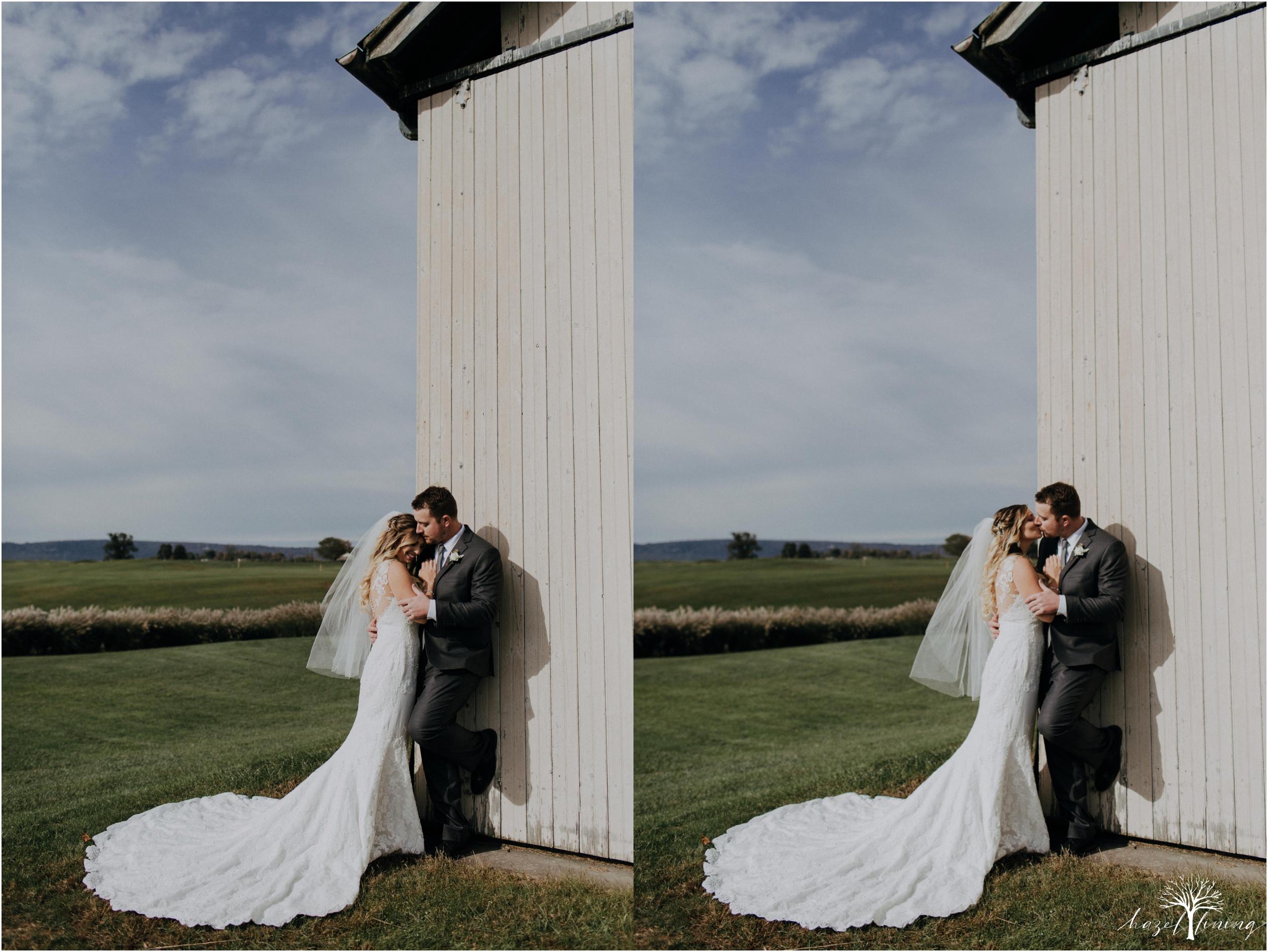 jessie-martin-zach-umlauf-olde-homestead-golfclub-outdoor-autumn-wedding_0045.jpg