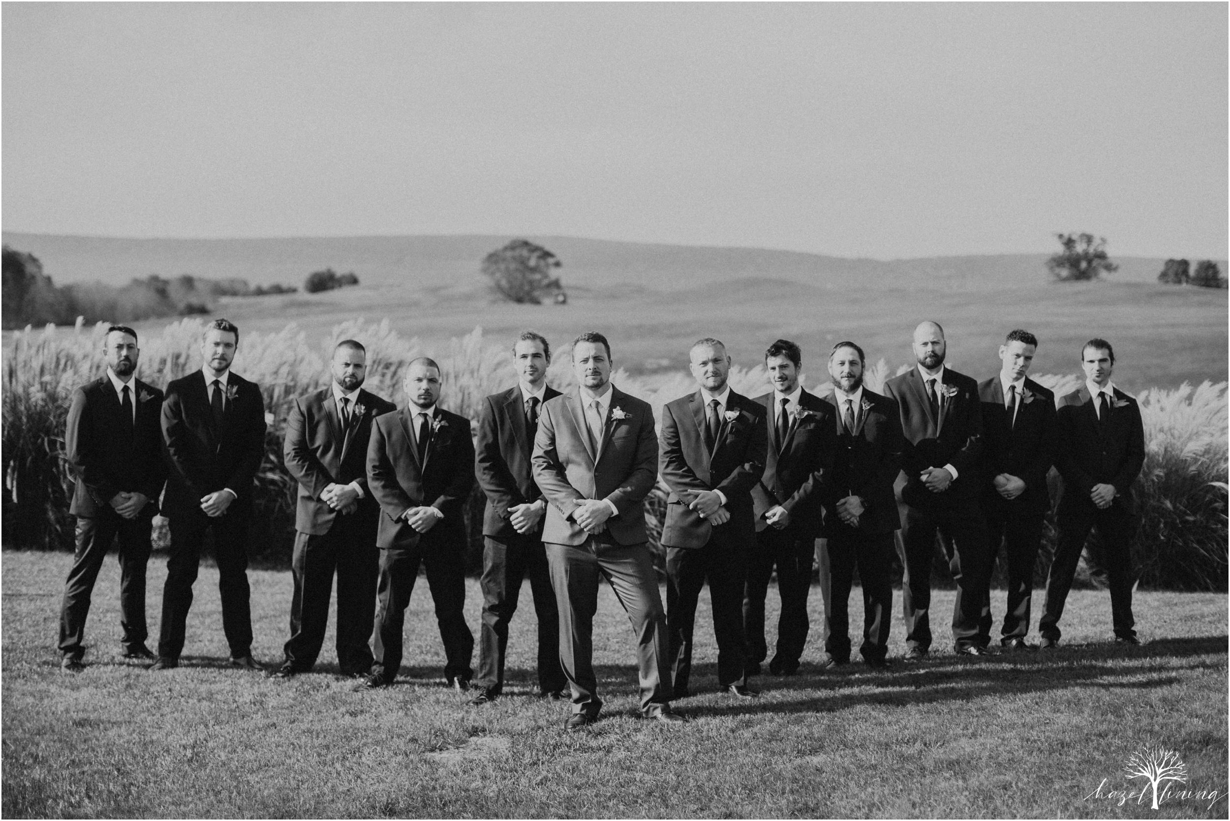 jessie-martin-zach-umlauf-olde-homestead-golfclub-outdoor-autumn-wedding_0054.jpg