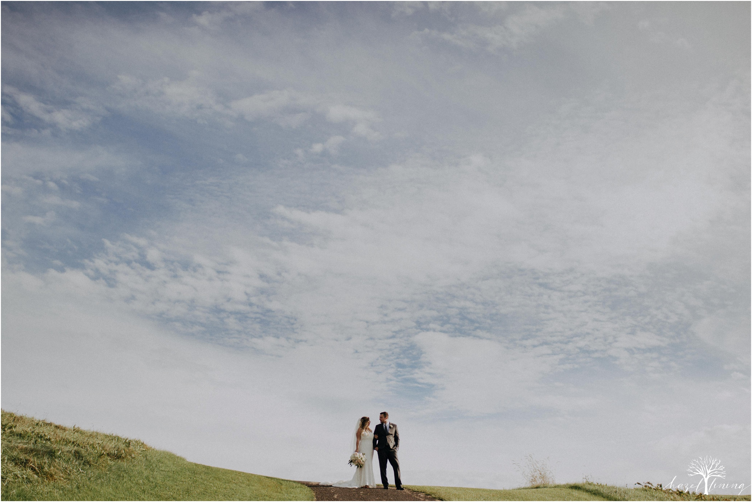 jessie-martin-zach-umlauf-olde-homestead-golfclub-outdoor-autumn-wedding_0092.jpg