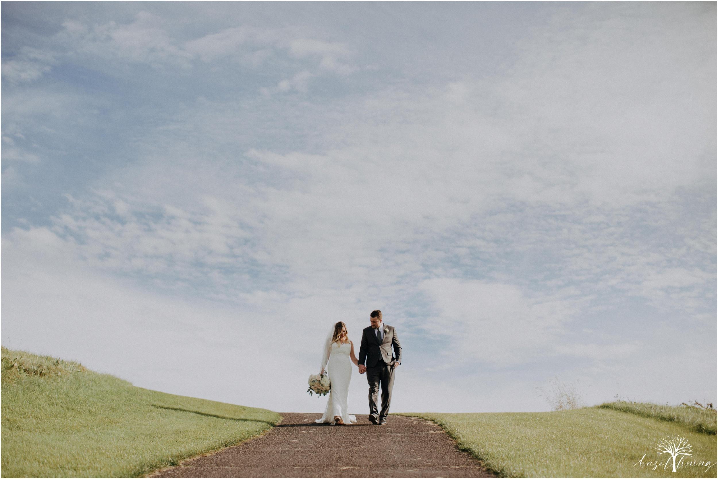 jessie-martin-zach-umlauf-olde-homestead-golfclub-outdoor-autumn-wedding_0093.jpg