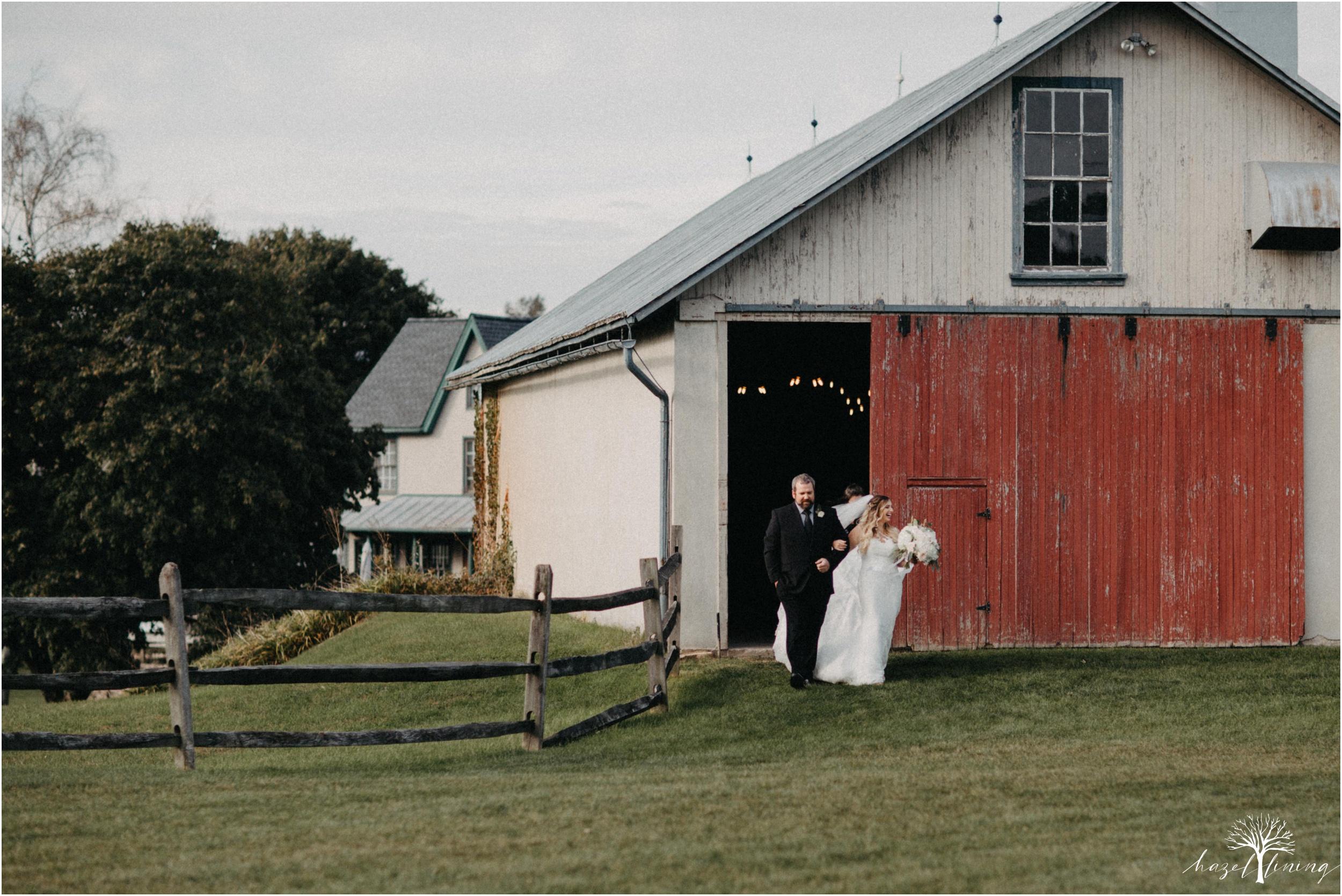 jessie-martin-zach-umlauf-olde-homestead-golfclub-outdoor-autumn-wedding_0096.jpg