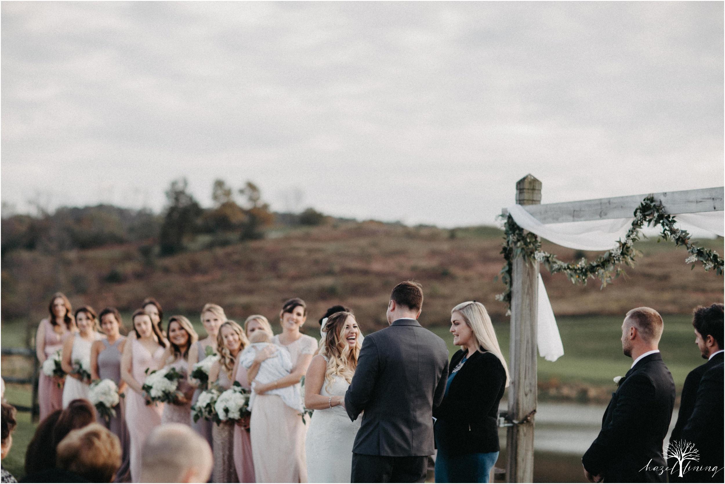 jessie-martin-zach-umlauf-olde-homestead-golfclub-outdoor-autumn-wedding_0104.jpg