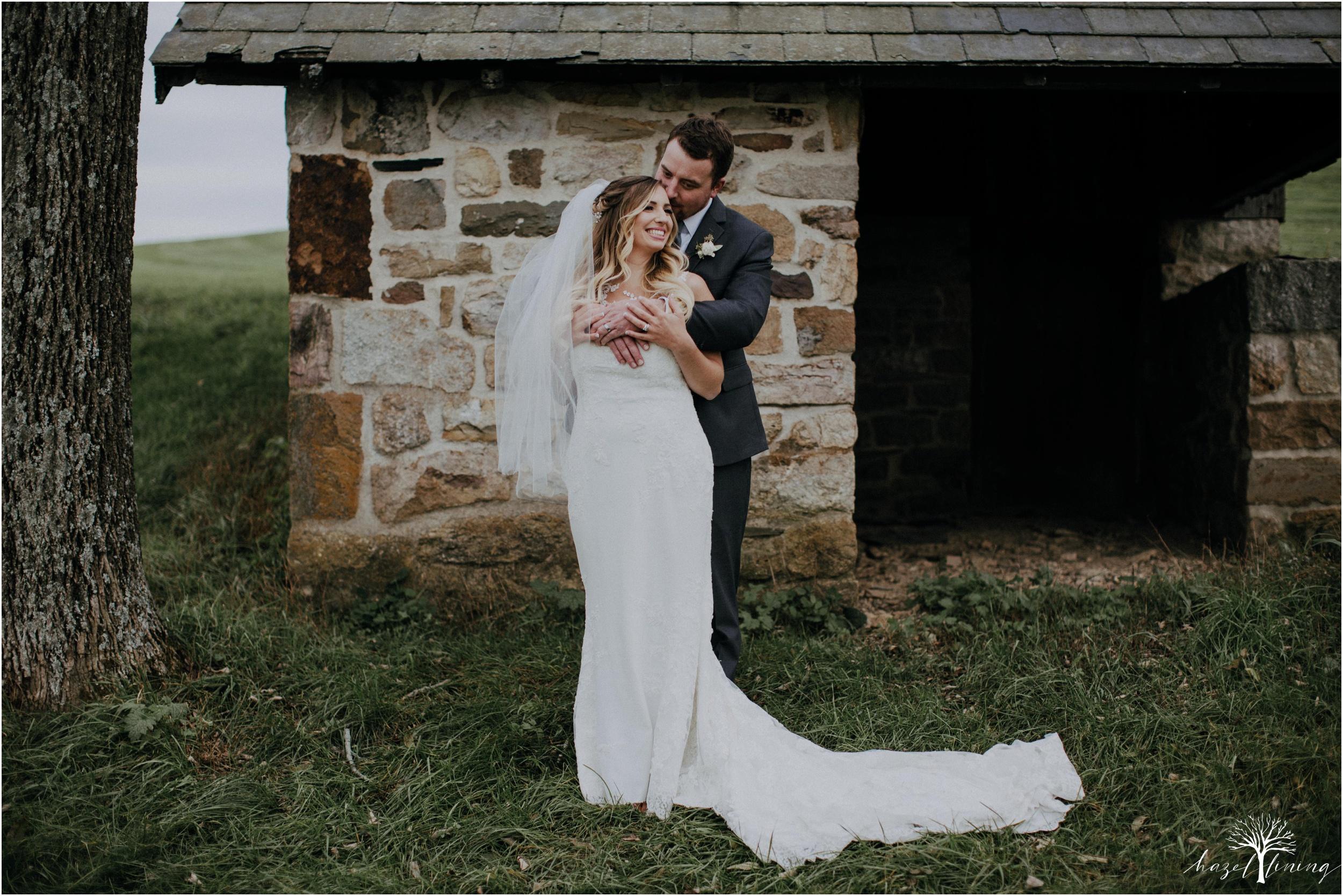 jessie-martin-zach-umlauf-olde-homestead-golfclub-outdoor-autumn-wedding_0121.jpg