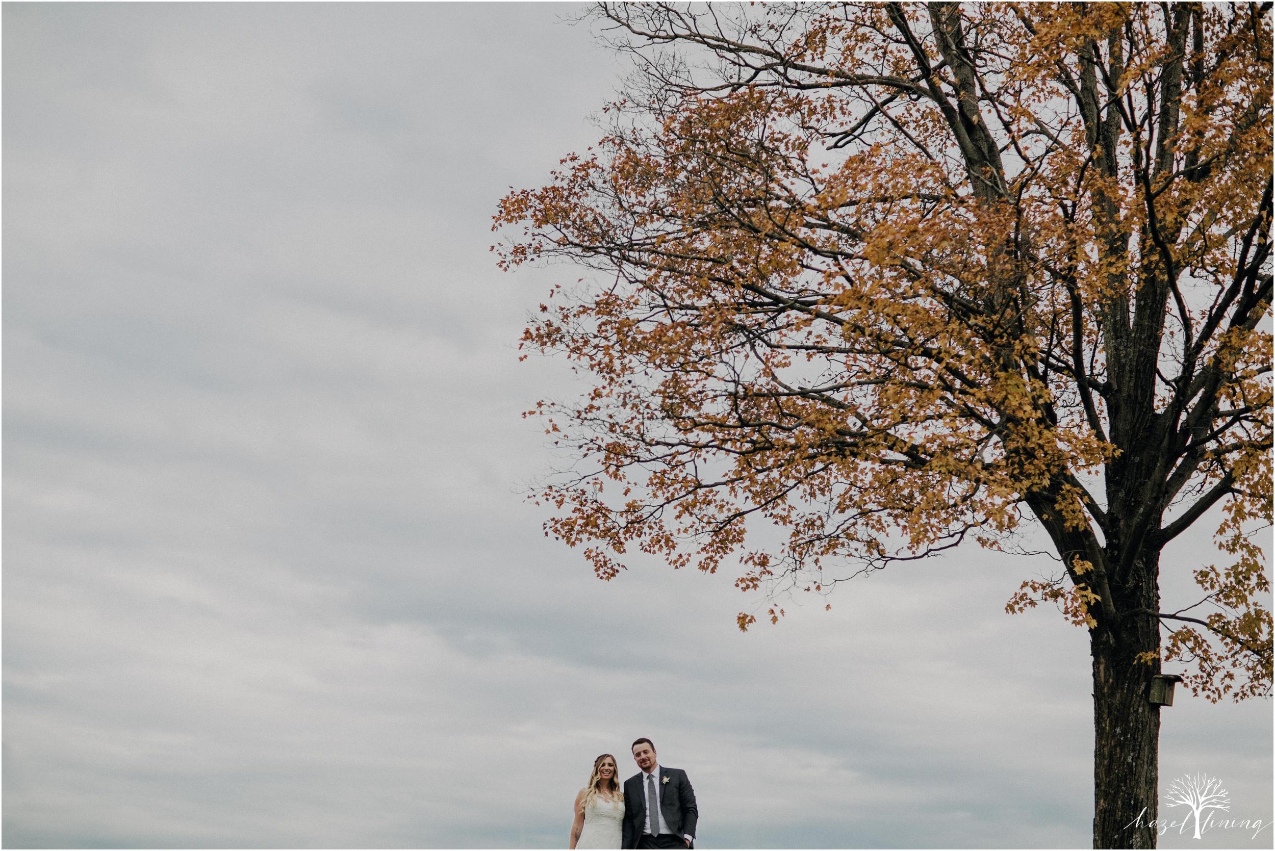 jessie-martin-zach-umlauf-olde-homestead-golfclub-outdoor-autumn-wedding_0129.jpg
