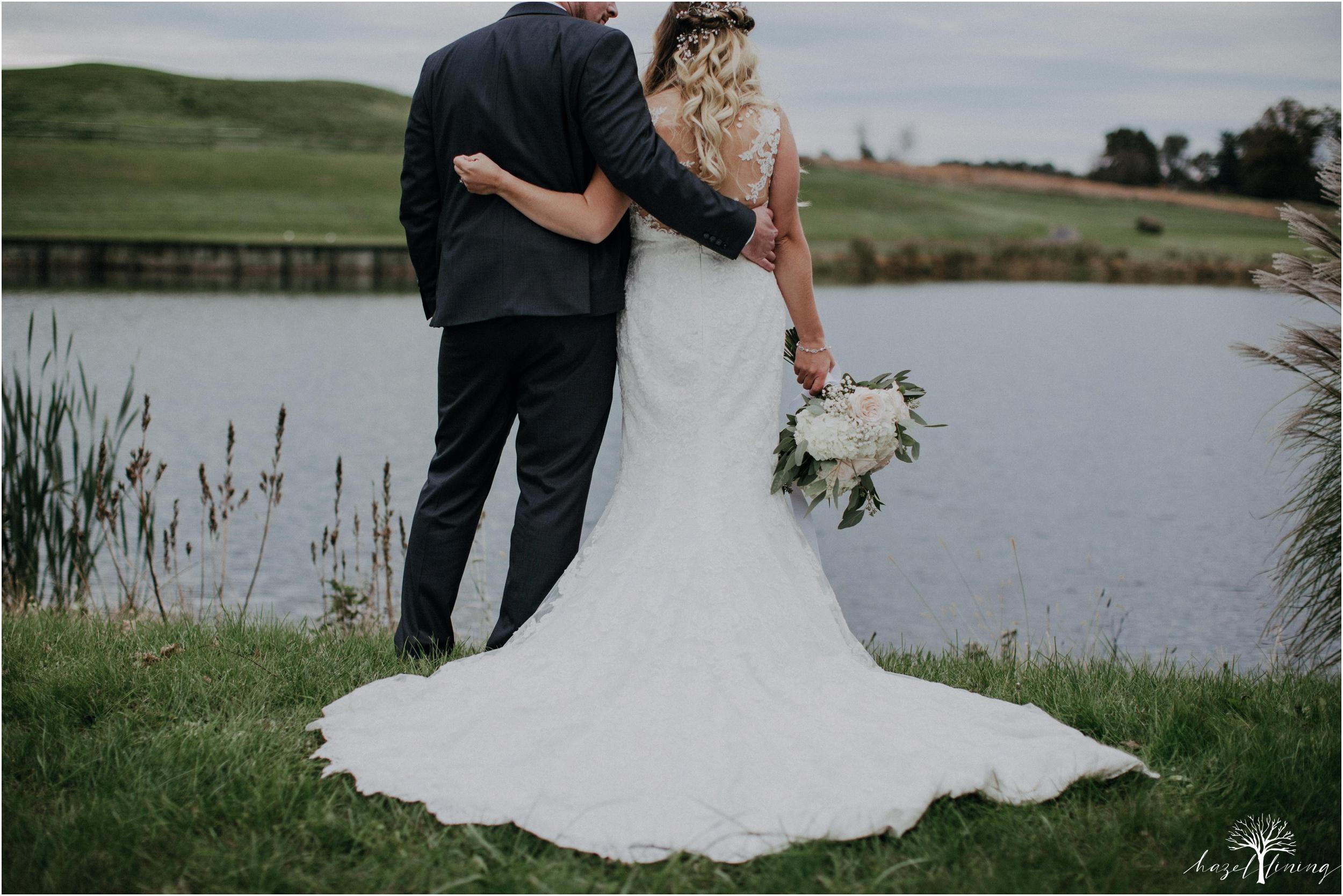 jessie-martin-zach-umlauf-olde-homestead-golfclub-outdoor-autumn-wedding_0141.jpg