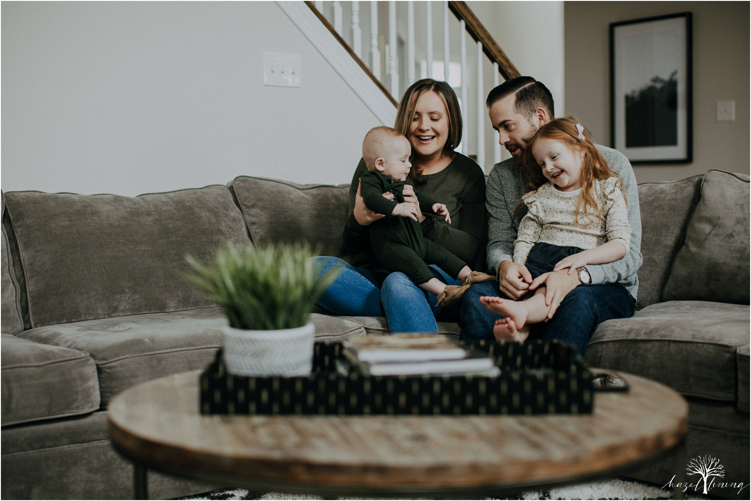 pellgrino-family-in-home-lifestyle-family-portraits_0036.jpg
