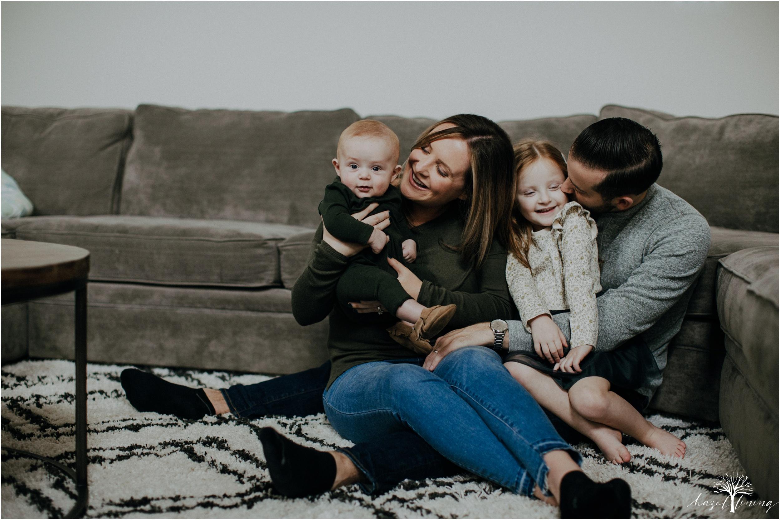 pellgrino-family-in-home-lifestyle-family-portraits_0048.jpg