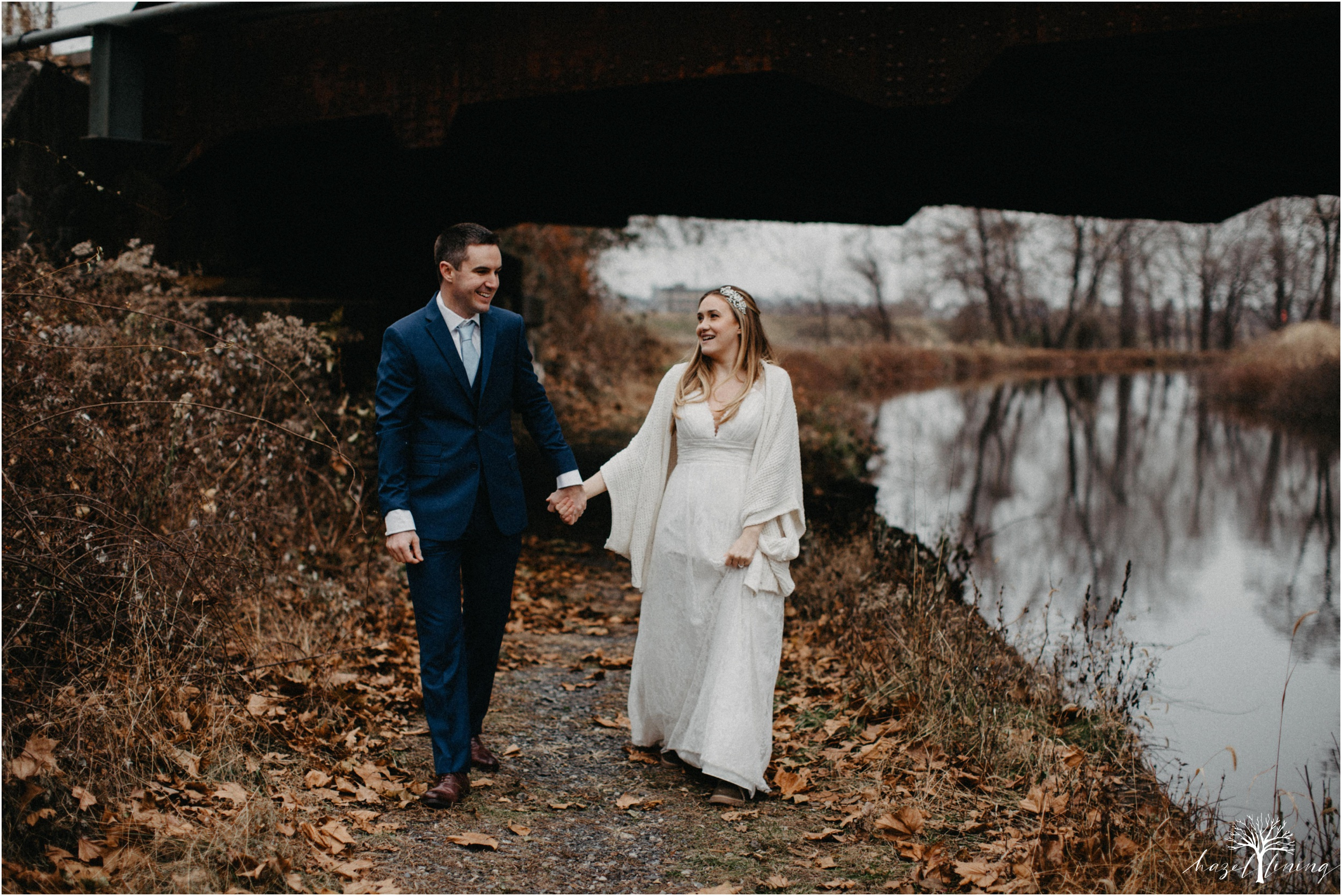 emily-pulham-paul-vincent-london-to-allentown-pa-railway-wedding-portraits_0022.jpg
