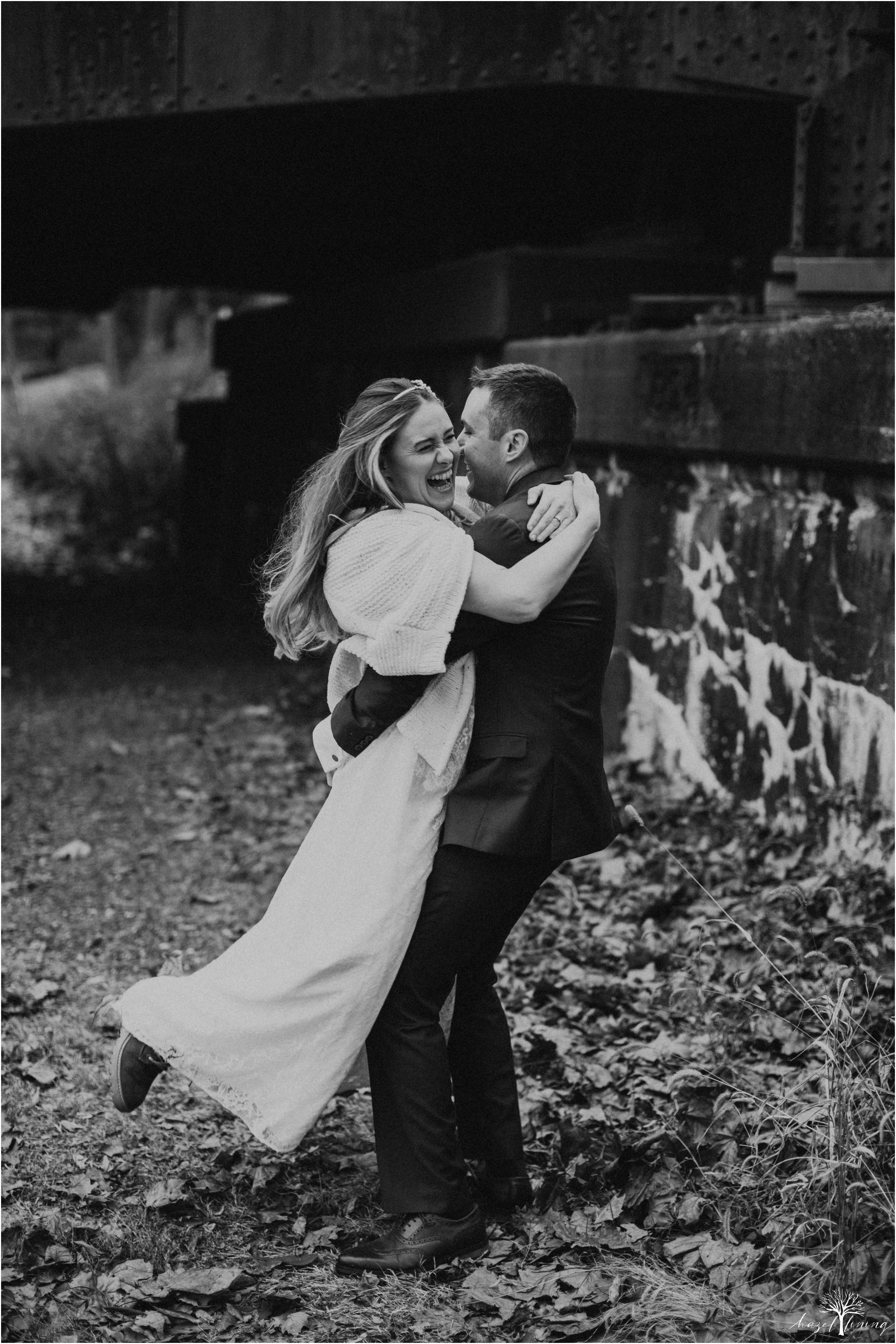 emily-pulham-paul-vincent-london-to-allentown-pa-railway-wedding-portraits_0026.jpg
