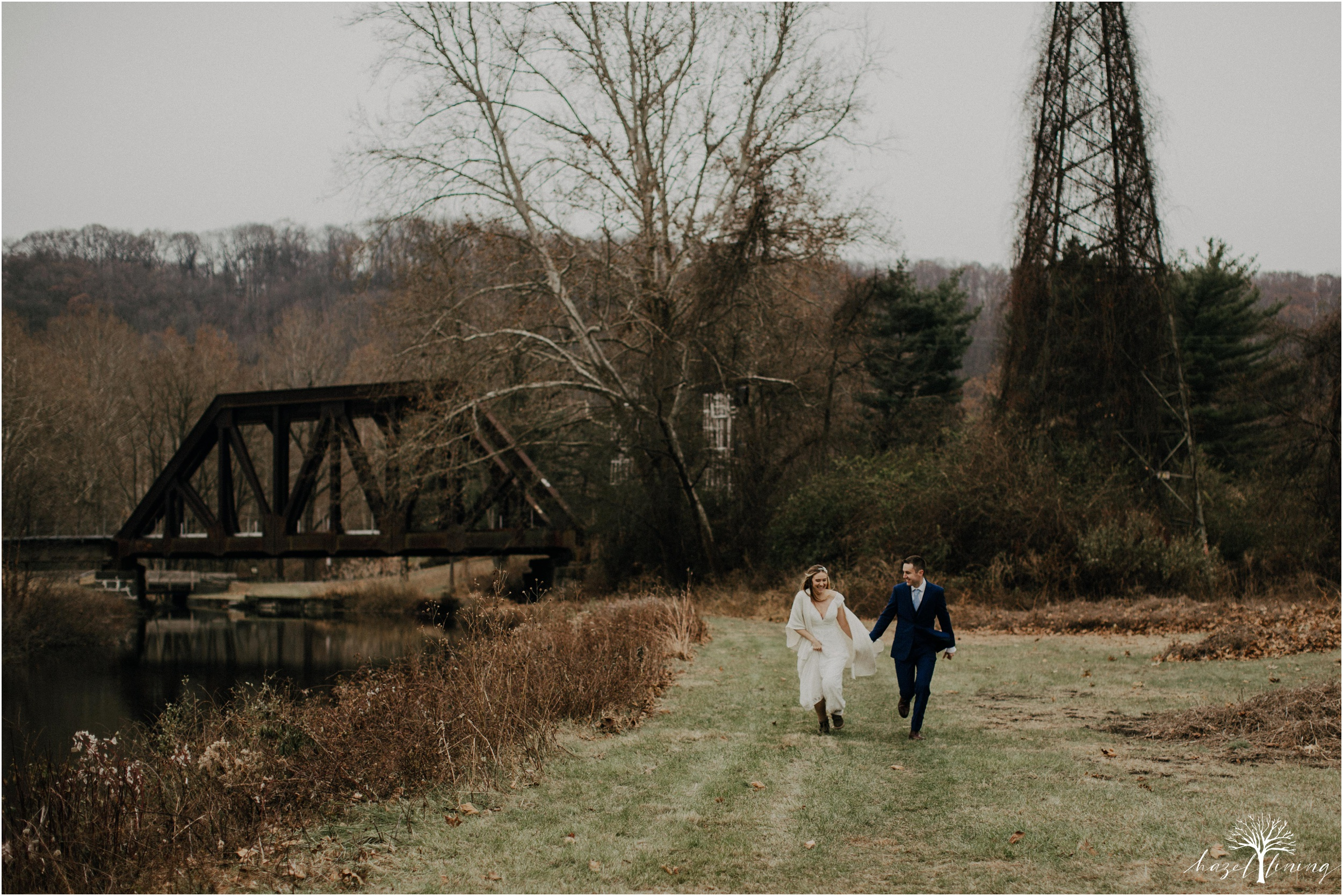 emily-pulham-paul-vincent-london-to-allentown-pa-railway-wedding-portraits_0035.jpg