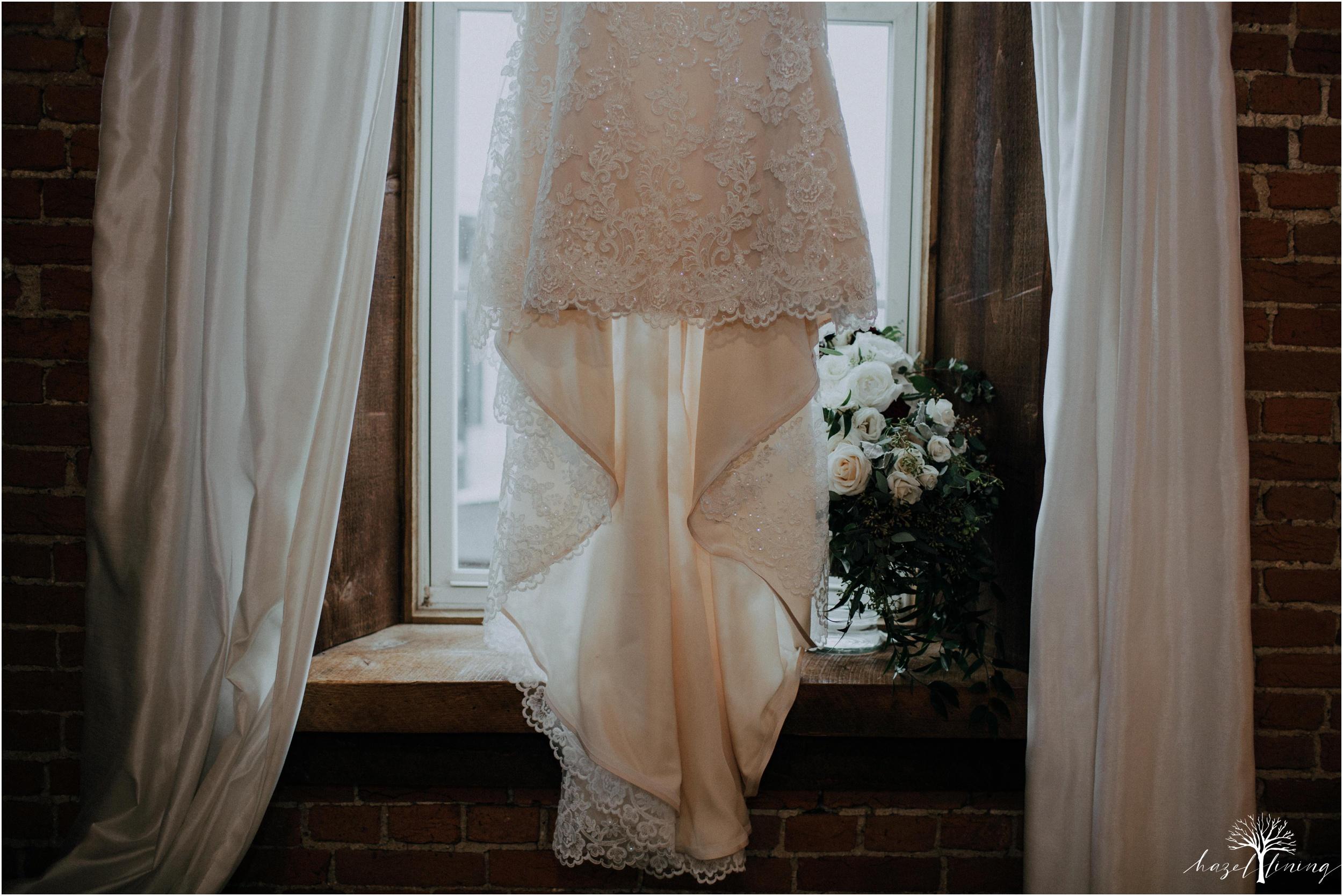 emma-matt-gehringer-the-booking-house-lancaster-manhiem-pennsylvania-winter-wedding_0003.jpg