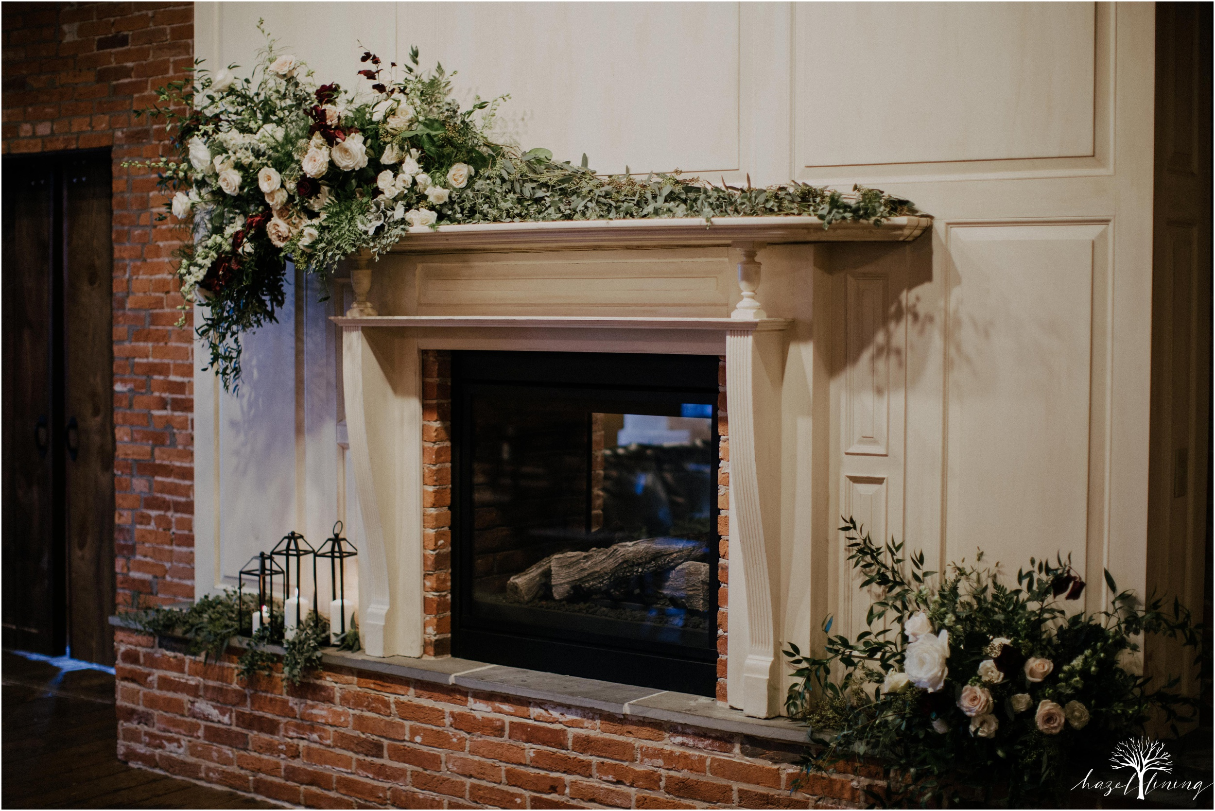 emma-matt-gehringer-the-booking-house-lancaster-manhiem-pennsylvania-winter-wedding_0043.jpg