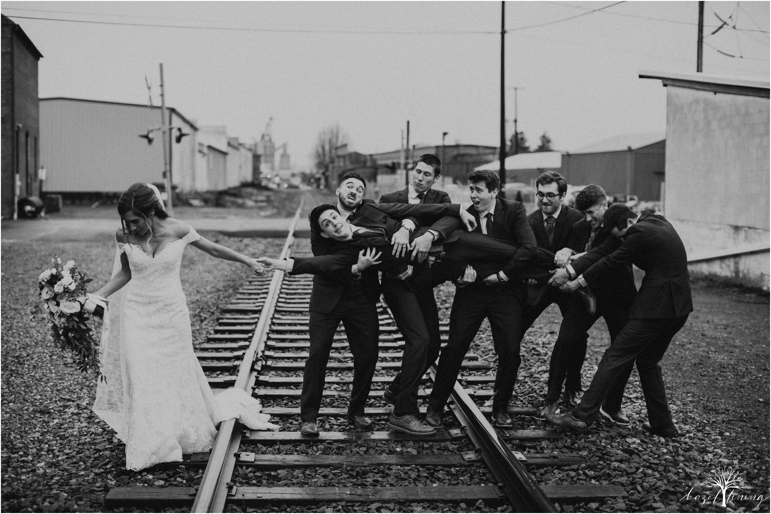 emma-matt-gehringer-the-booking-house-lancaster-manhiem-pennsylvania-winter-wedding_0096.jpg