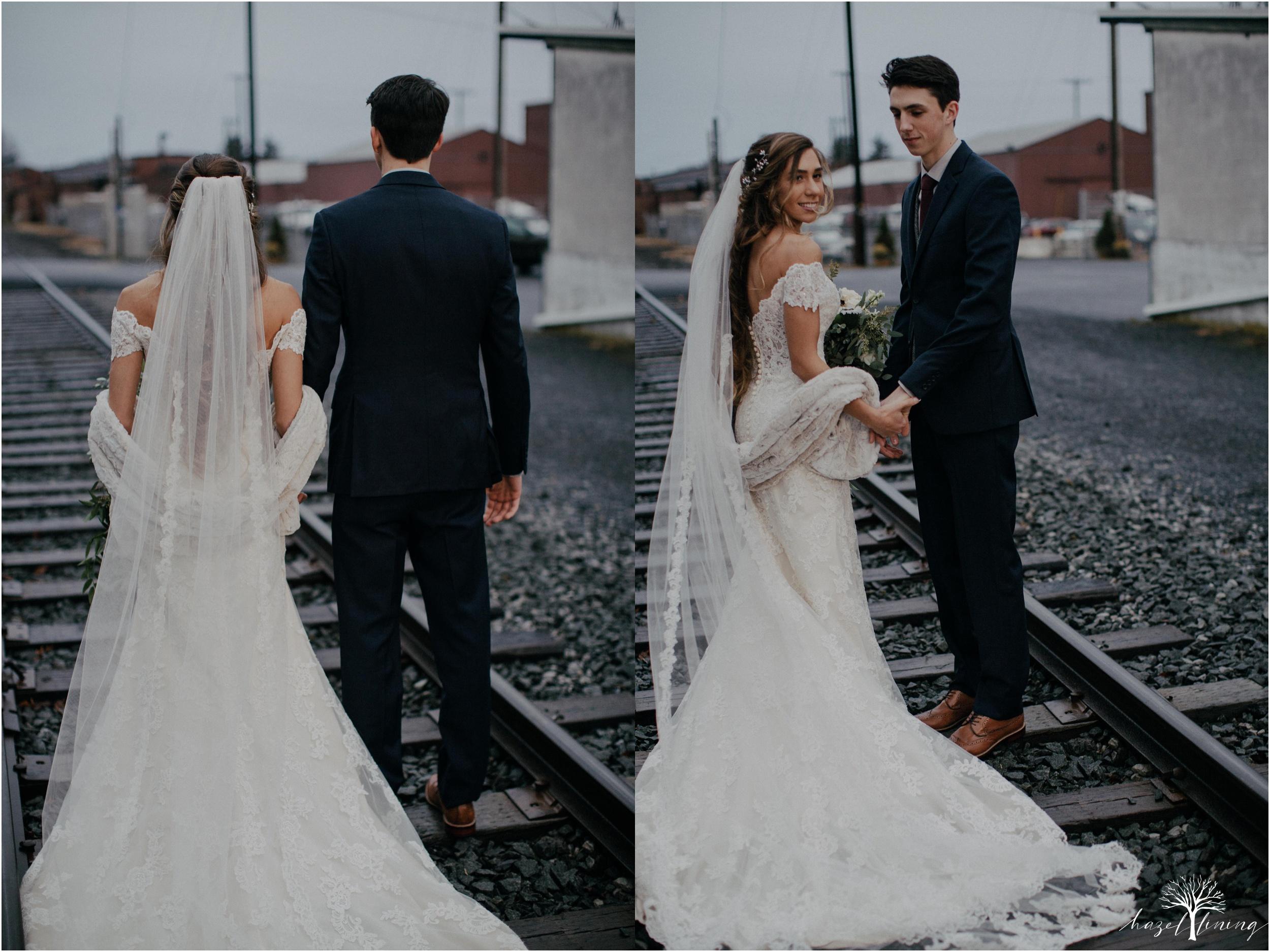 emma-matt-gehringer-the-booking-house-lancaster-manhiem-pennsylvania-winter-wedding_0104.jpg