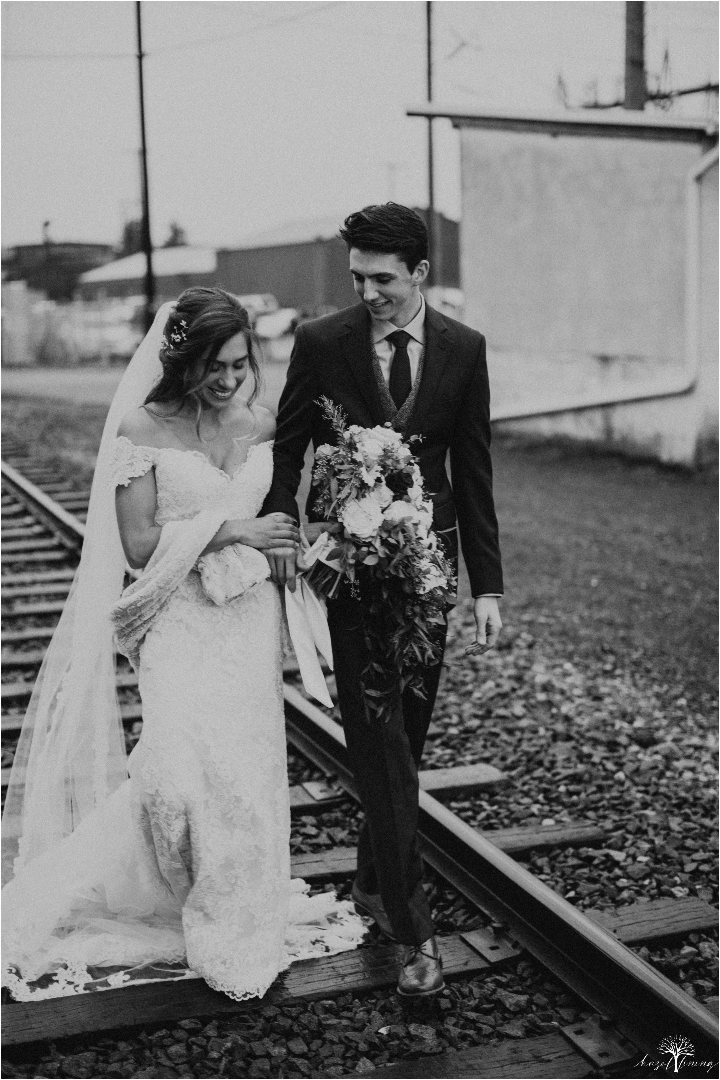 emma-matt-gehringer-the-booking-house-lancaster-manhiem-pennsylvania-winter-wedding_0105.jpg
