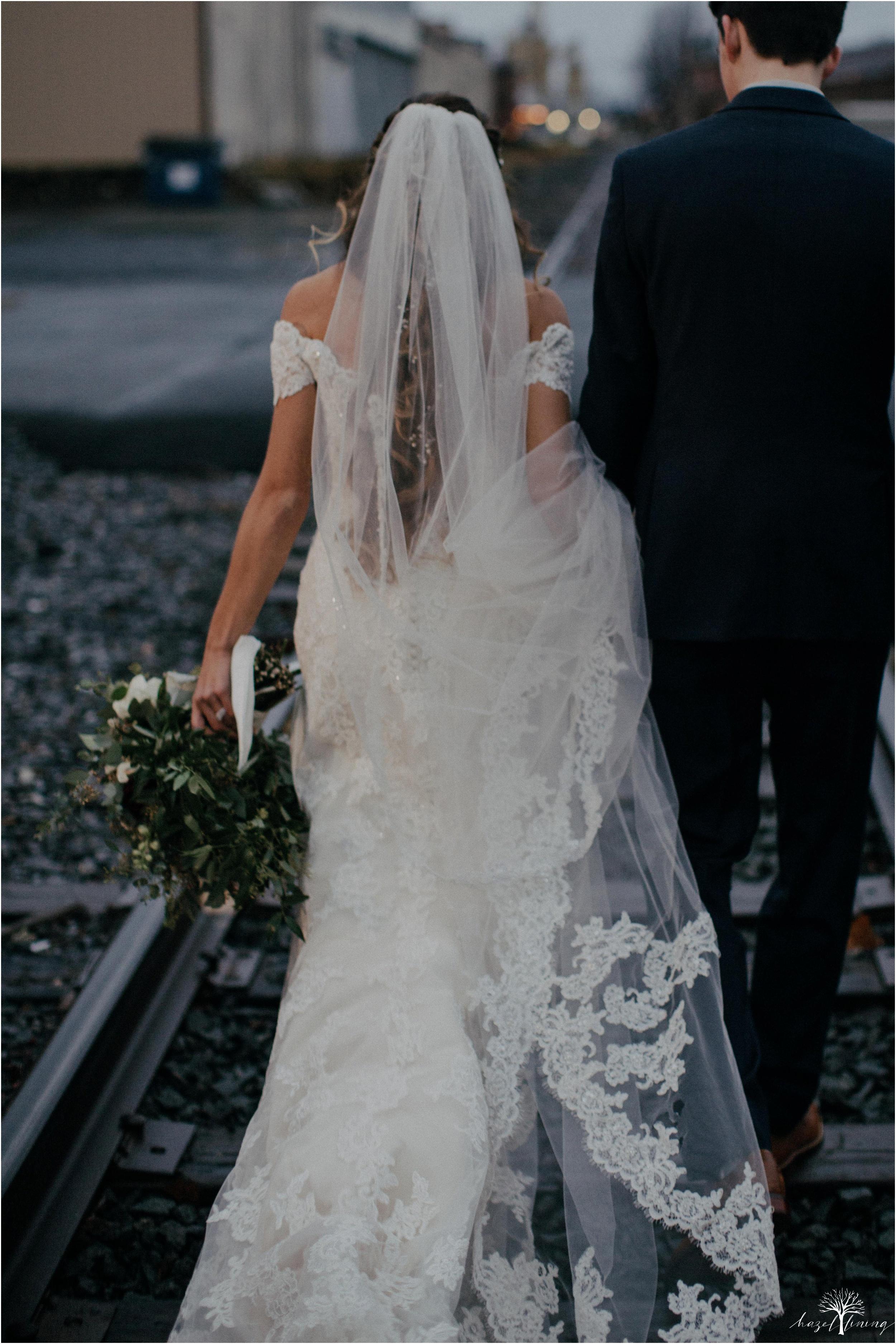 emma-matt-gehringer-the-booking-house-lancaster-manhiem-pennsylvania-winter-wedding_0107.jpg