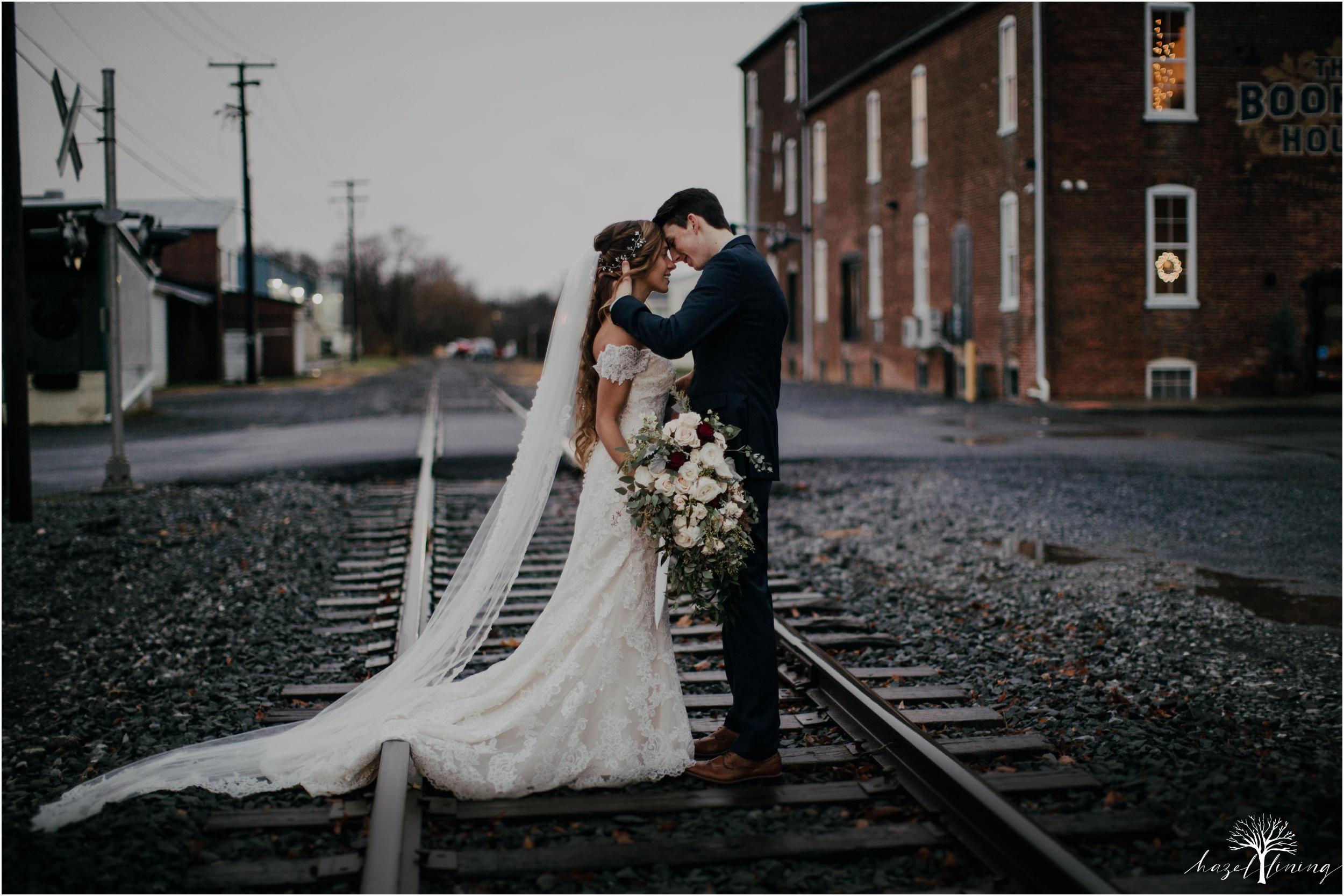 emma-matt-gehringer-the-booking-house-lancaster-manhiem-pennsylvania-winter-wedding_0110.jpg