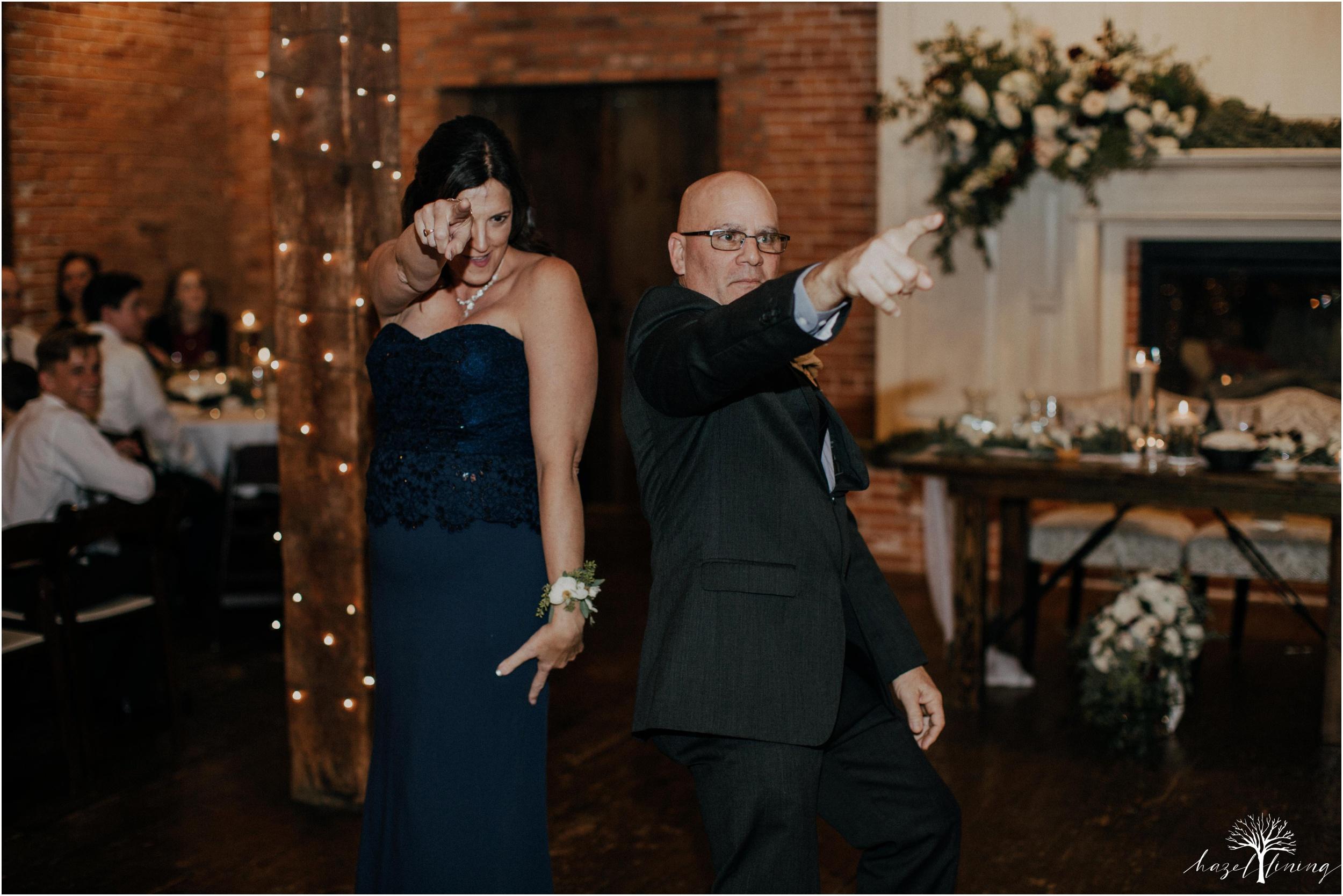 emma-matt-gehringer-the-booking-house-lancaster-manhiem-pennsylvania-winter-wedding_0130.jpg