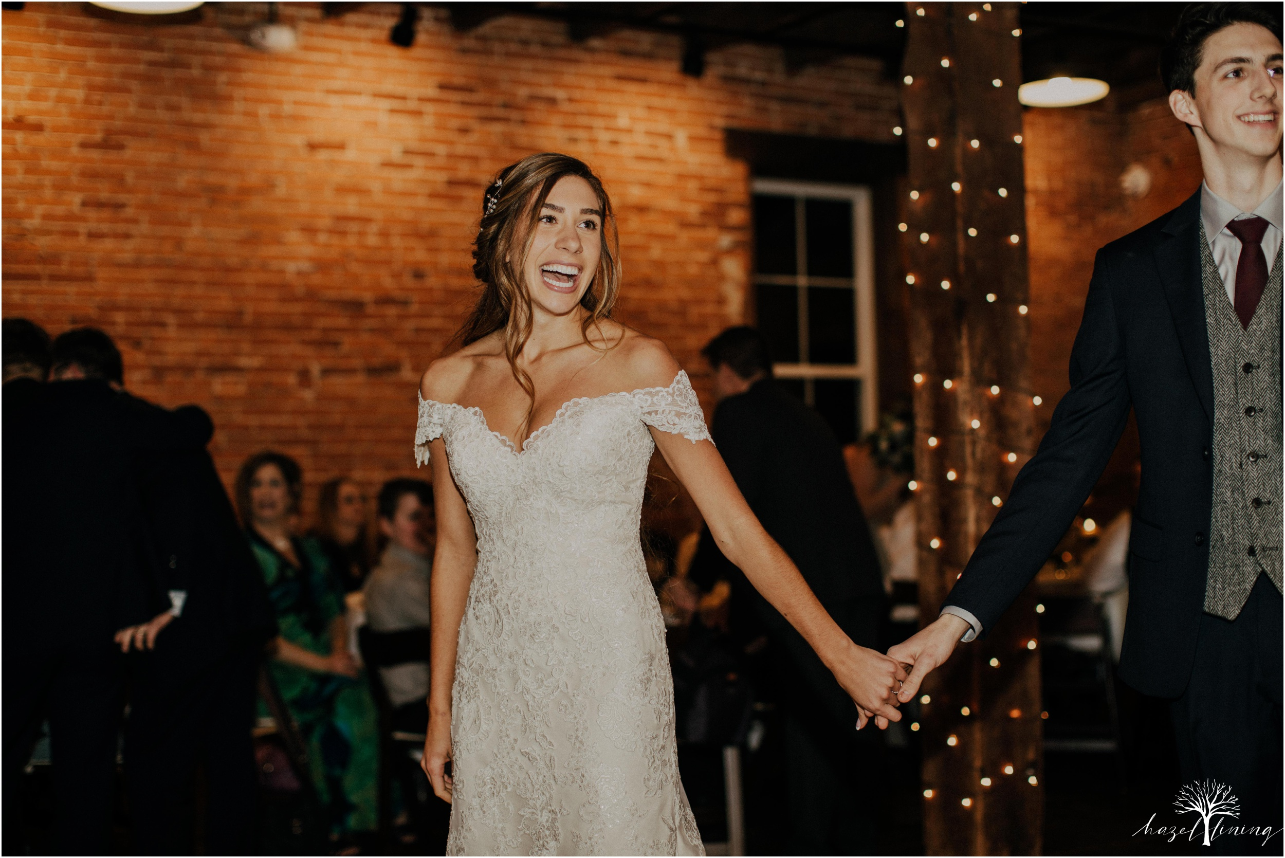 emma-matt-gehringer-the-booking-house-lancaster-manhiem-pennsylvania-winter-wedding_0139.jpg
