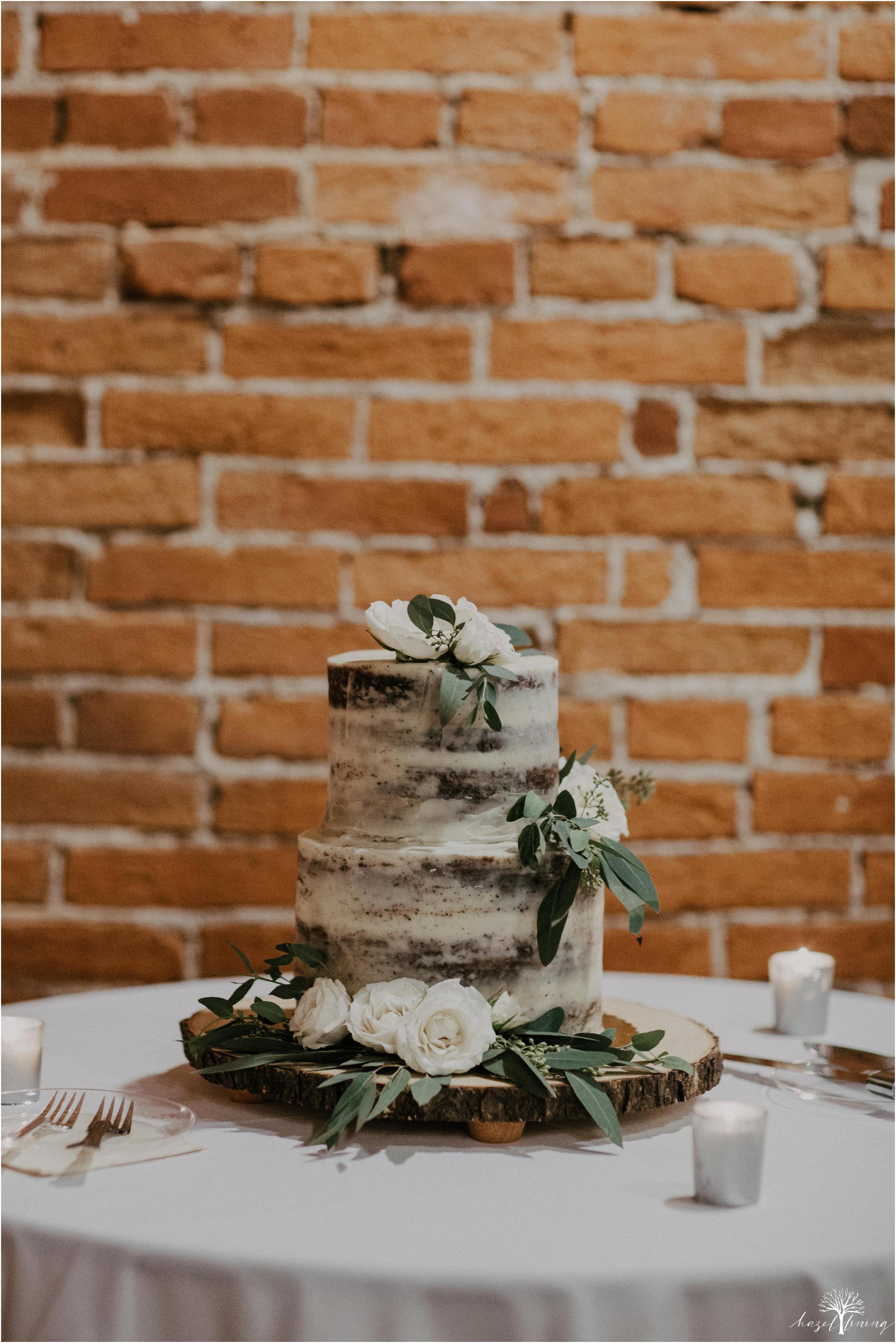 emma-matt-gehringer-the-booking-house-lancaster-manhiem-pennsylvania-winter-wedding_0160.jpg