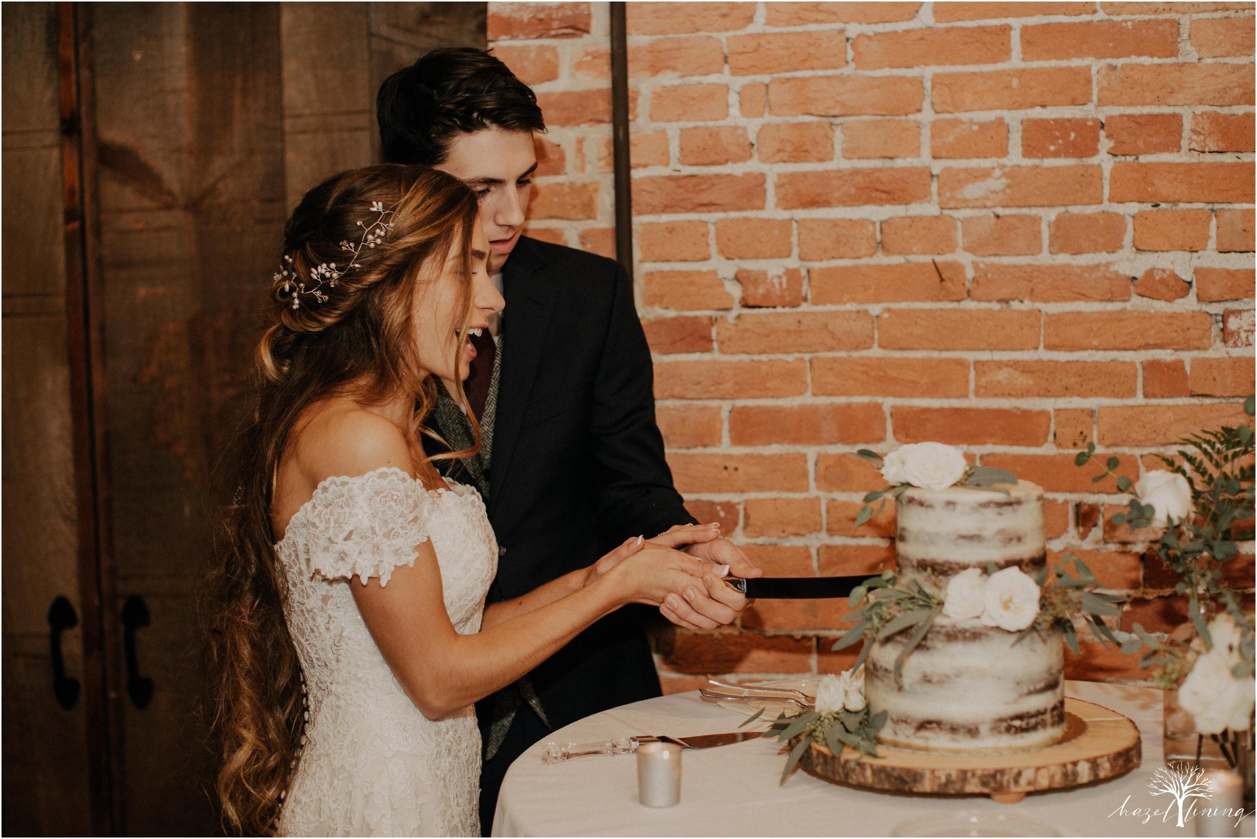 emma-matt-gehringer-the-booking-house-lancaster-manhiem-pennsylvania-winter-wedding_0162.jpg