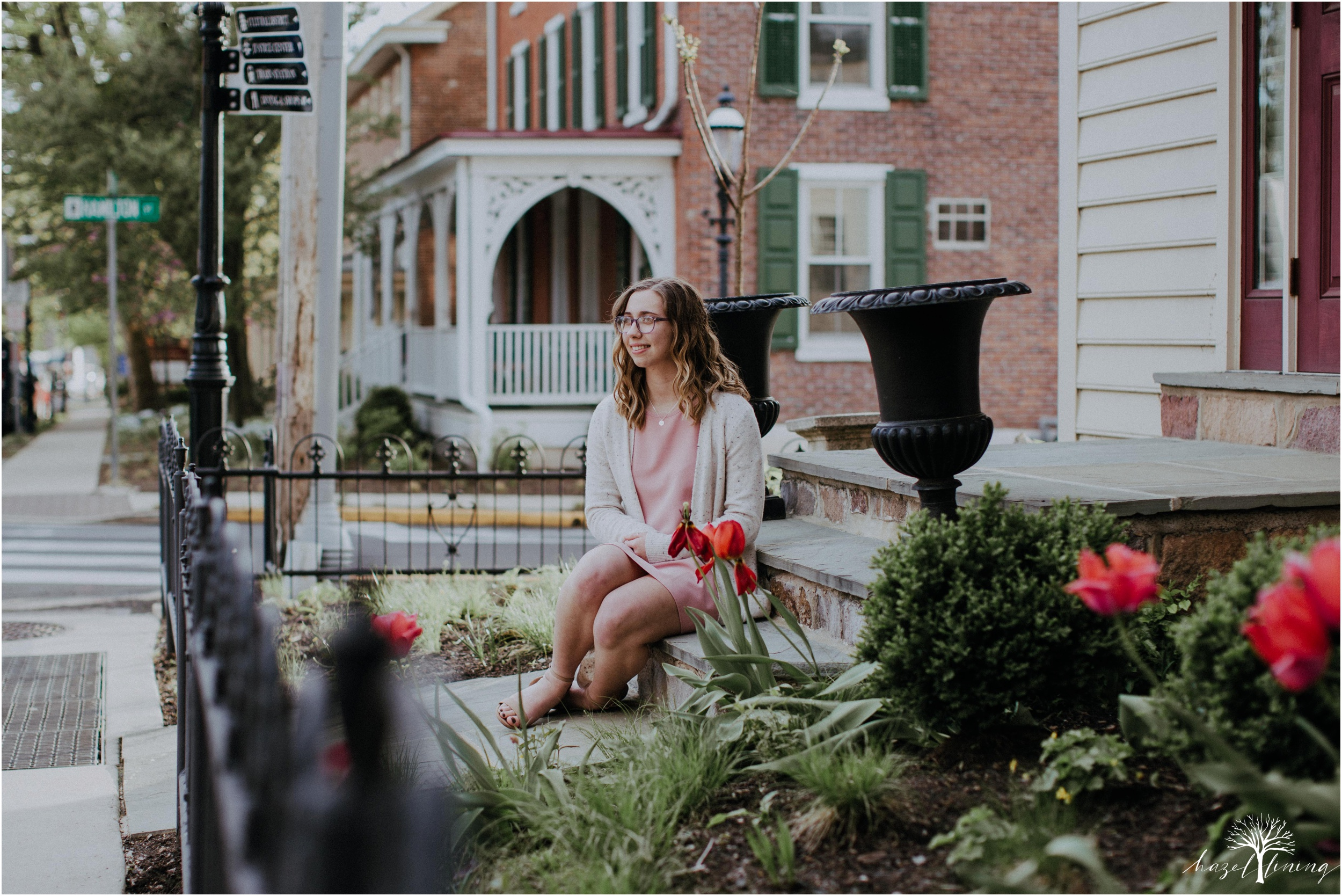 maddie-kiser-senior-portrait-session-doylestown-pennsylvania-spring-hazel-lining-photography-destination-elopement-wedding-engagement-photography-year-in-review_0003.jpg
