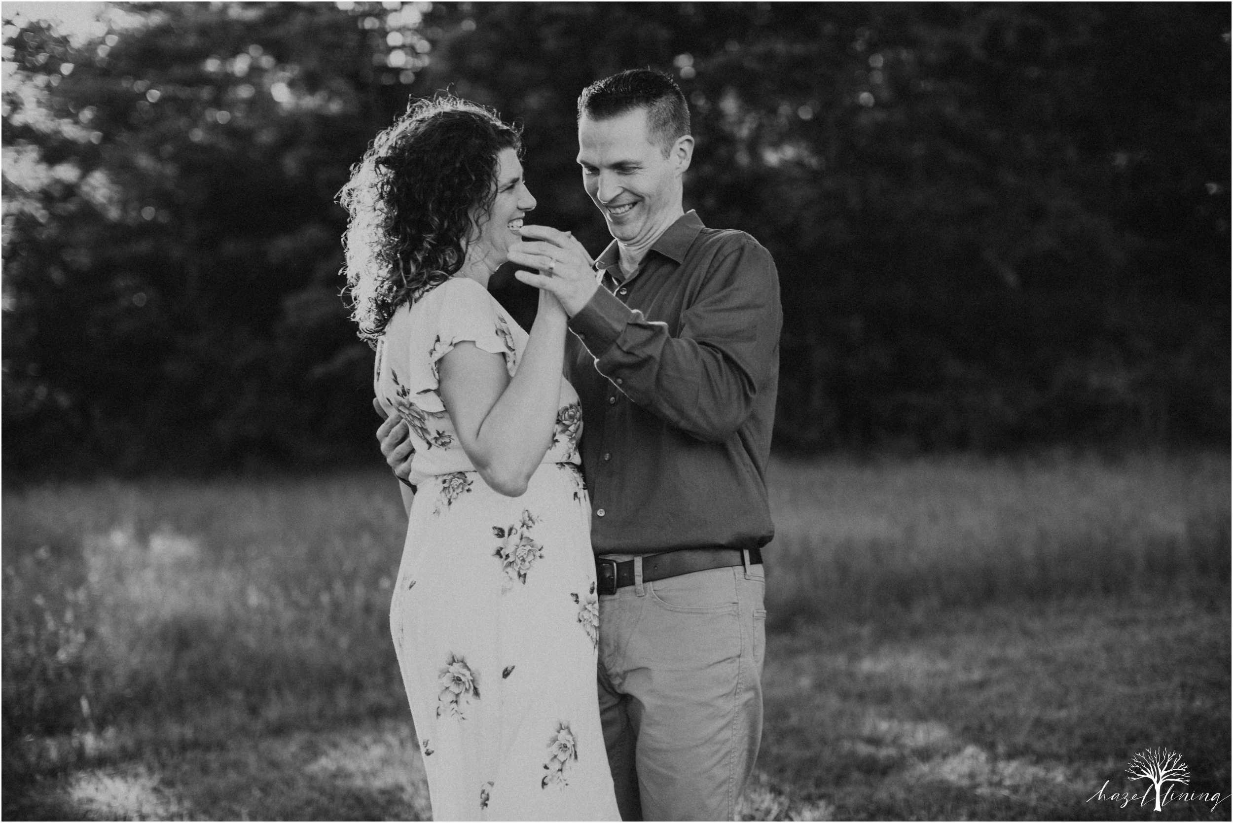 pete-rachelle-sawadski-20-year-anniversary-portrait-session-hazel-lining-photography-destination-elopement-wedding-engagement-photography_0282.jpg