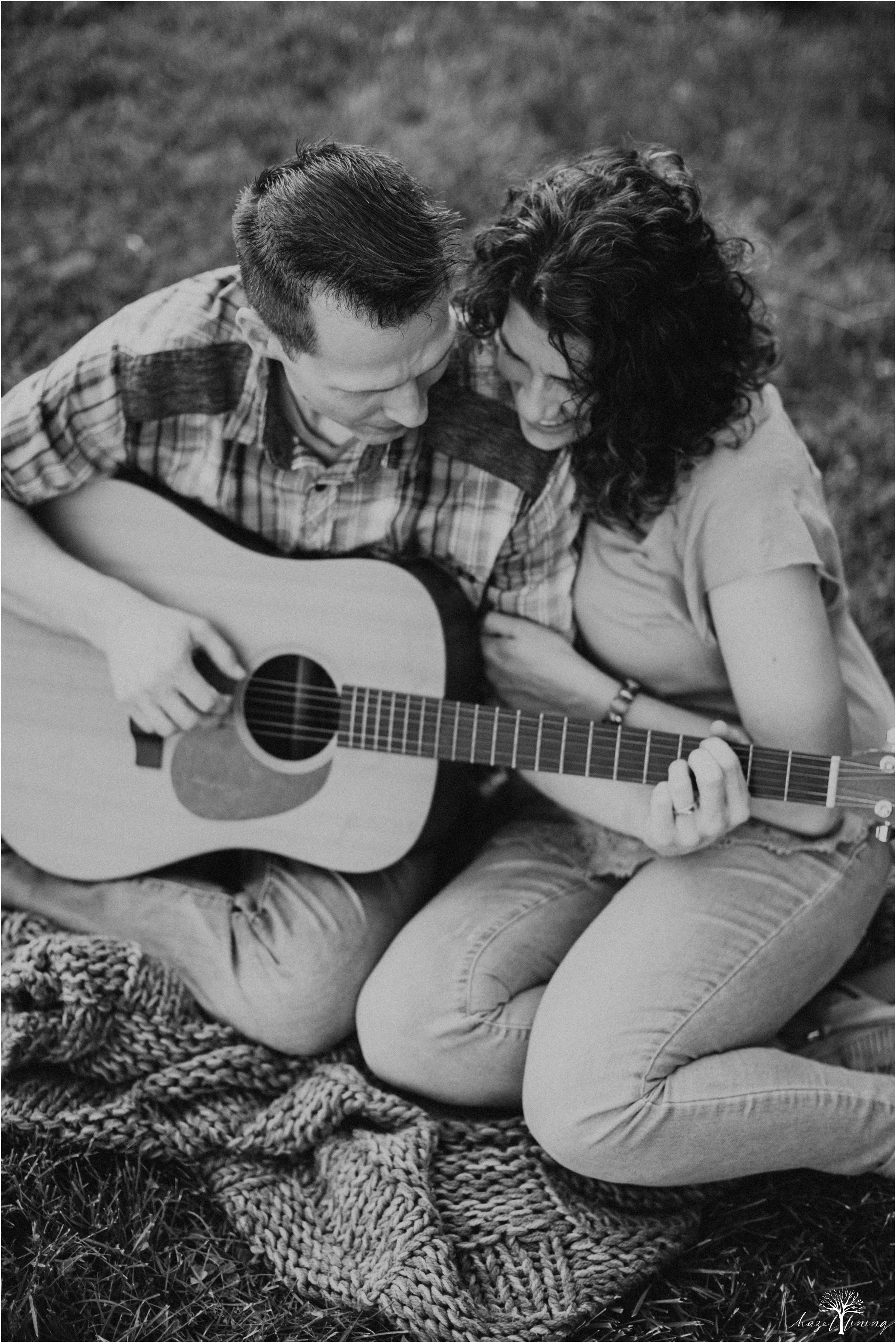 pete-rachelle-sawadski-20-year-anniversary-portrait-session-hazel-lining-photography-destination-elopement-wedding-engagement-photography_0299.jpg