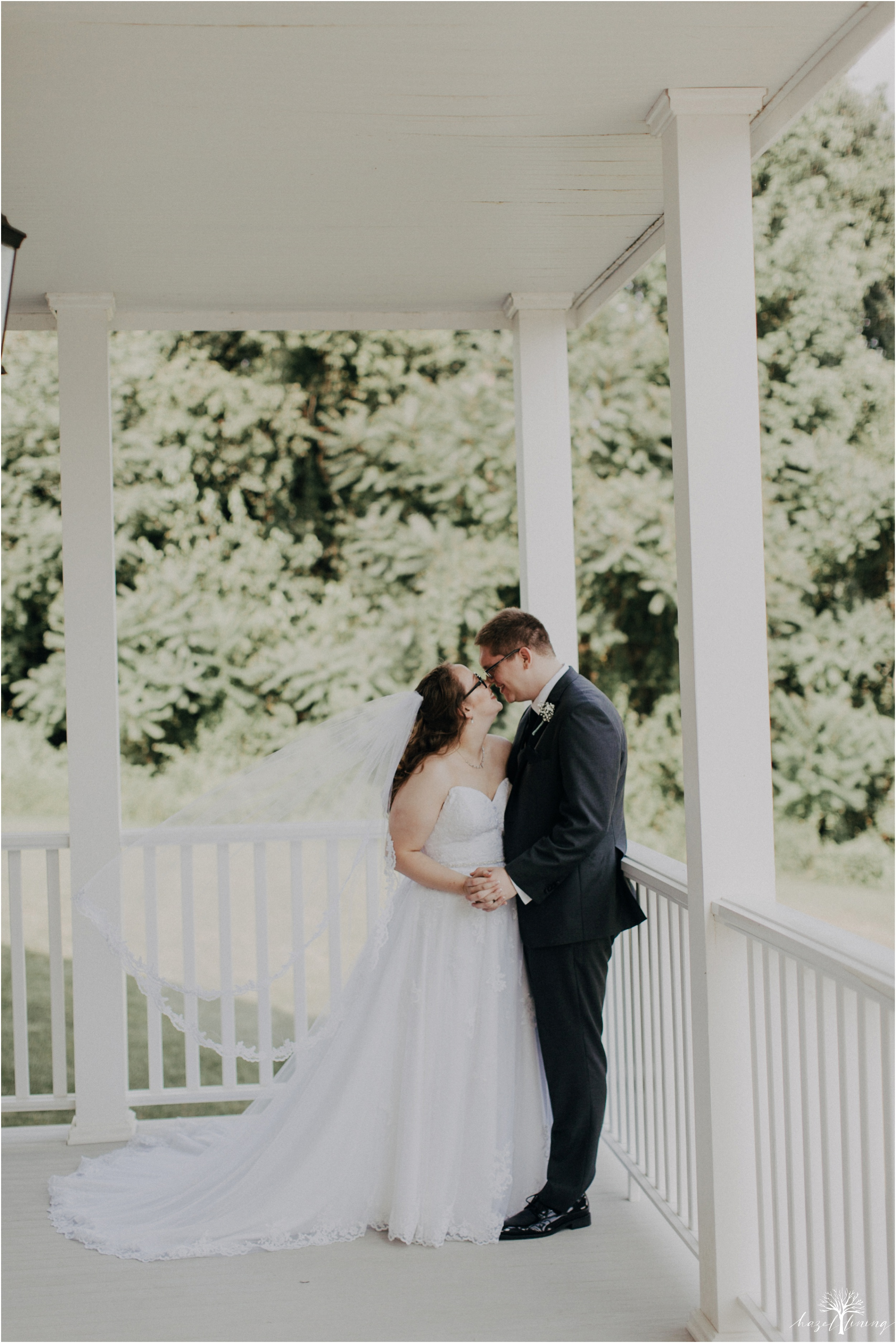 laura-zach-mccaskill-harmony-hall-lebanon-valley-college-summer-wedding-hazel-lining-photography-destination-elopement-wedding-engagement-photography_0095.jpg