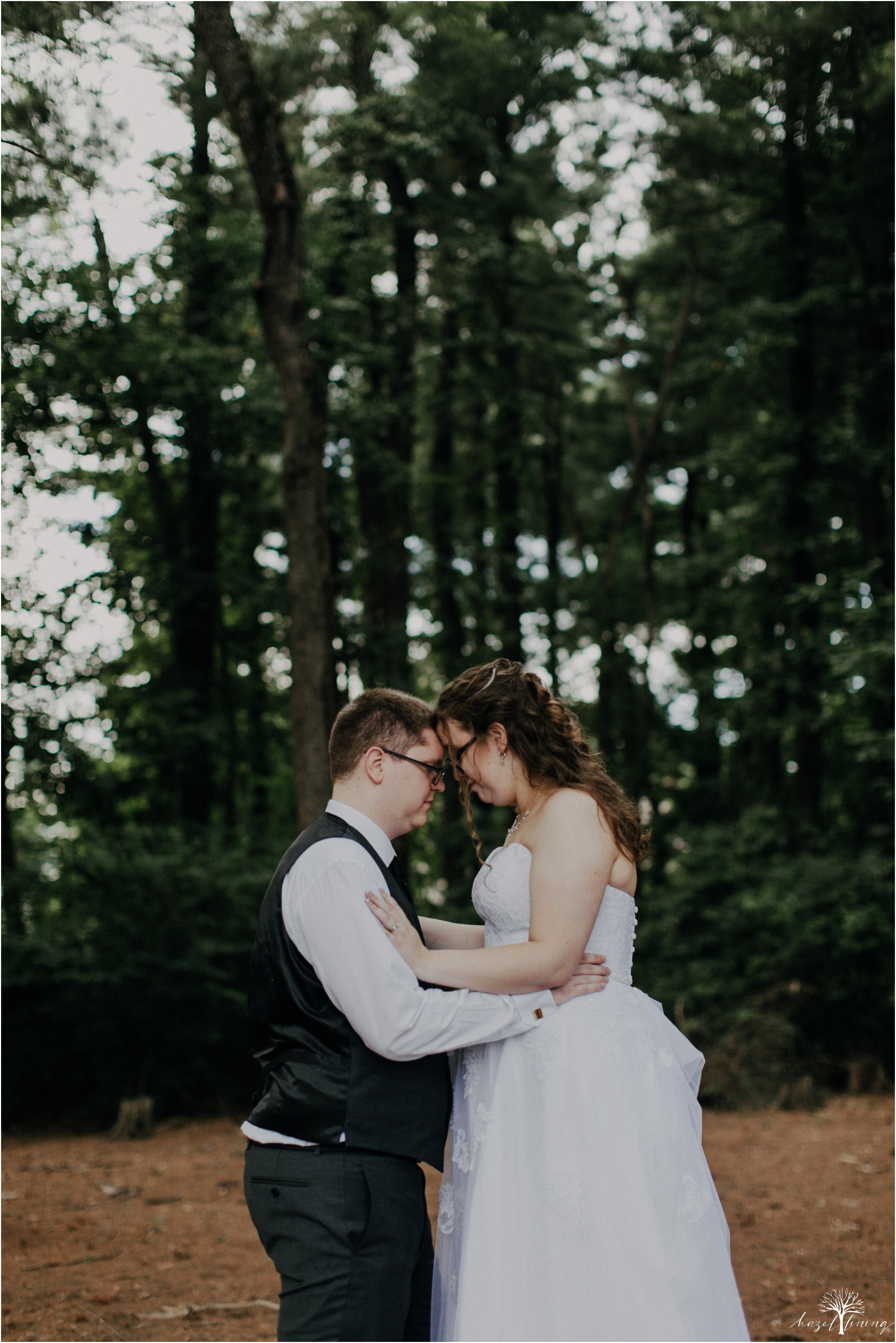 laura-zach-mccaskill-harmony-hall-lebanon-valley-college-summer-wedding-hazel-lining-photography-destination-elopement-wedding-engagement-photography_0144.jpg