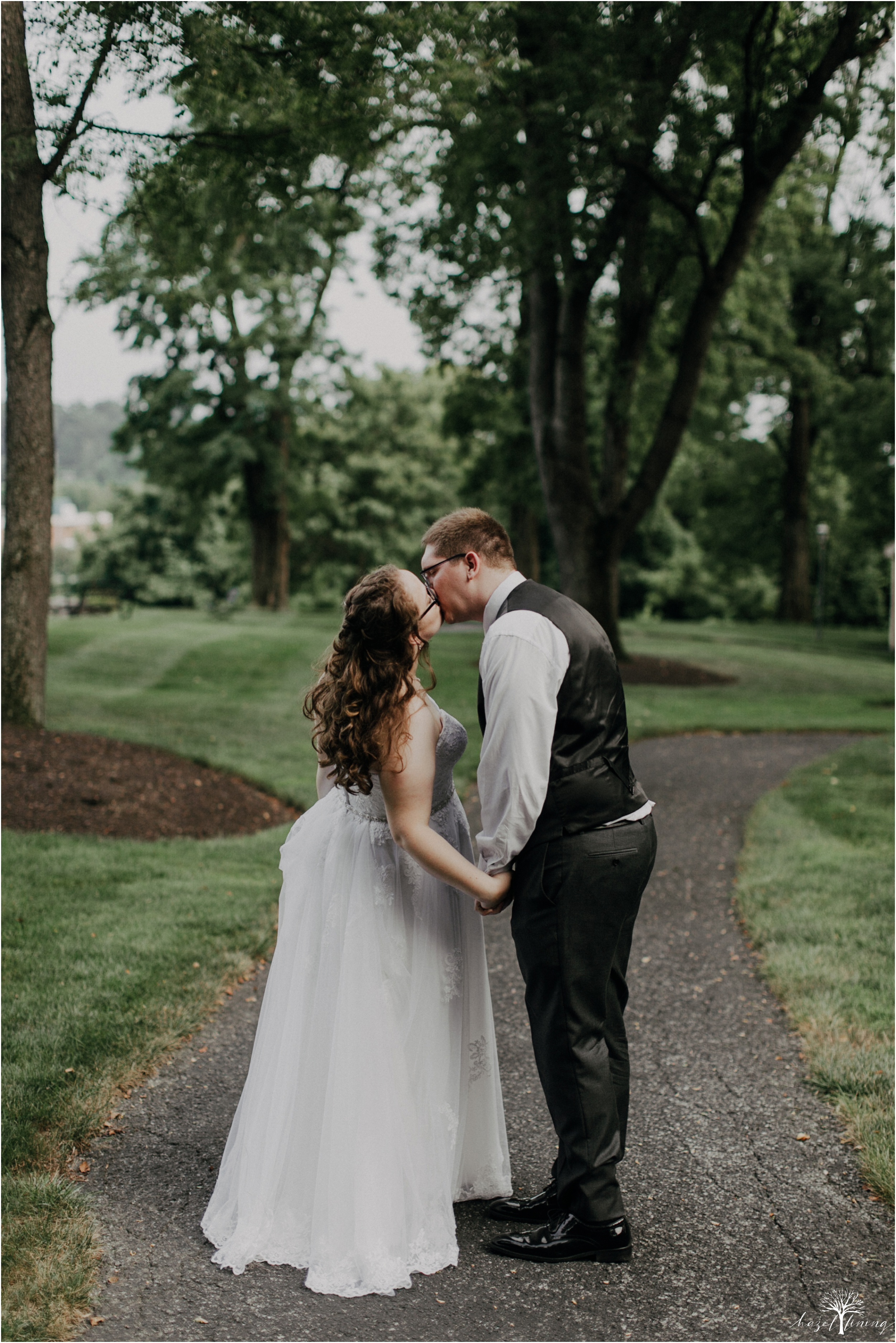 laura-zach-mccaskill-harmony-hall-lebanon-valley-college-summer-wedding-hazel-lining-photography-destination-elopement-wedding-engagement-photography_0151.jpg