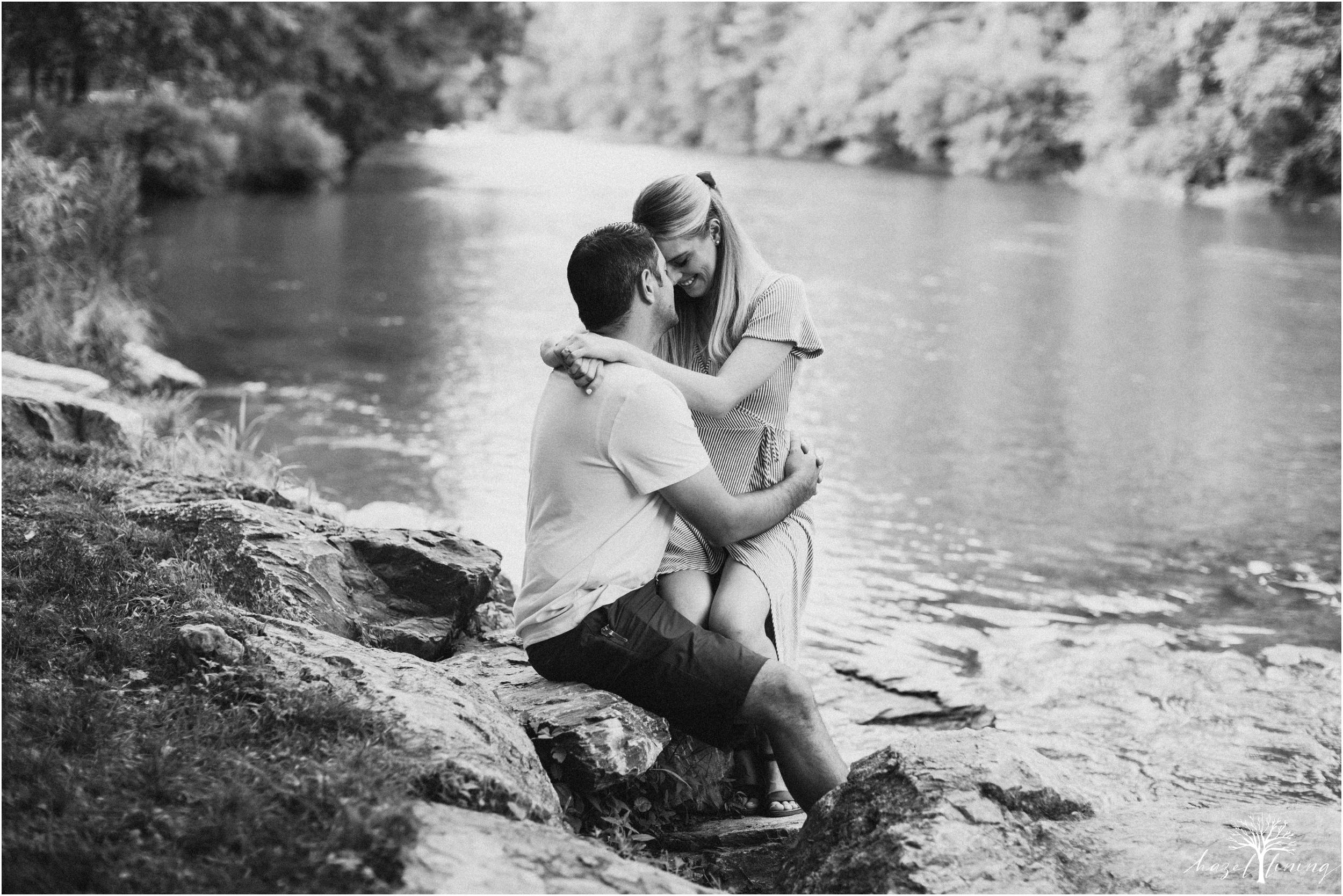 ashley-fillmore-steve-reimer-trexler-nature-preserve-summer-engagement-session-schnecksville-pennsylvania-hazel-lining-photography-destination-elopement-wedding-engagement-photography_0007.jpg
