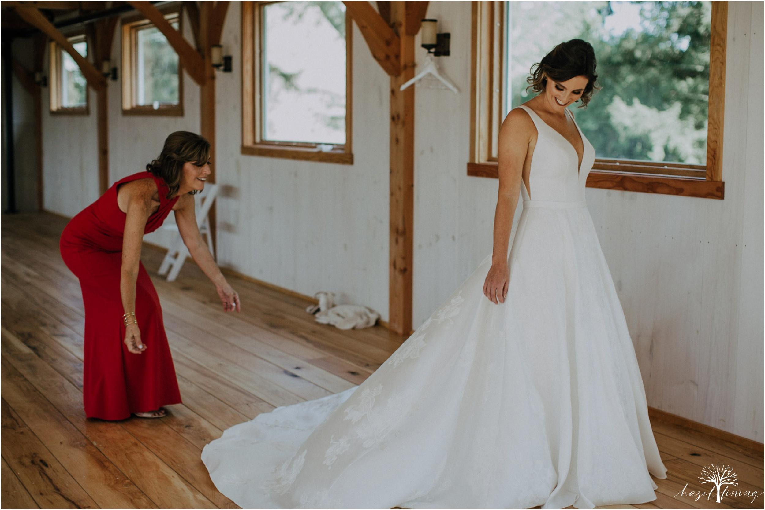 maureen-hepner-anthony-giordano-rose-bank-winery-newtow-pennsylvania-luxury-summer-wedding-hazel-lining-photography-destination-elopement-wedding-engagement-photography_0016.jpg