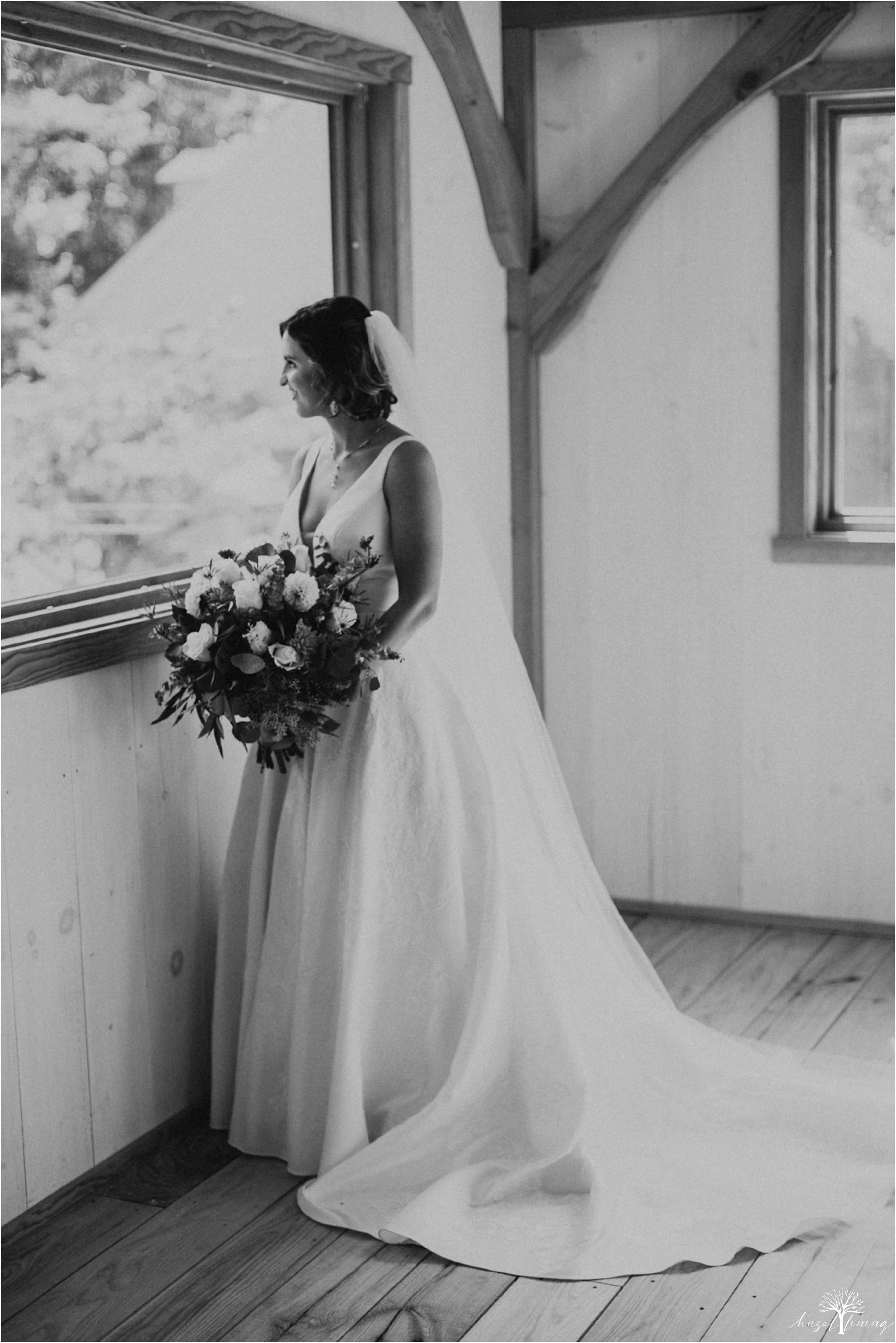 maureen-hepner-anthony-giordano-rose-bank-winery-newtow-pennsylvania-luxury-summer-wedding-hazel-lining-photography-destination-elopement-wedding-engagement-photography_0025.jpg