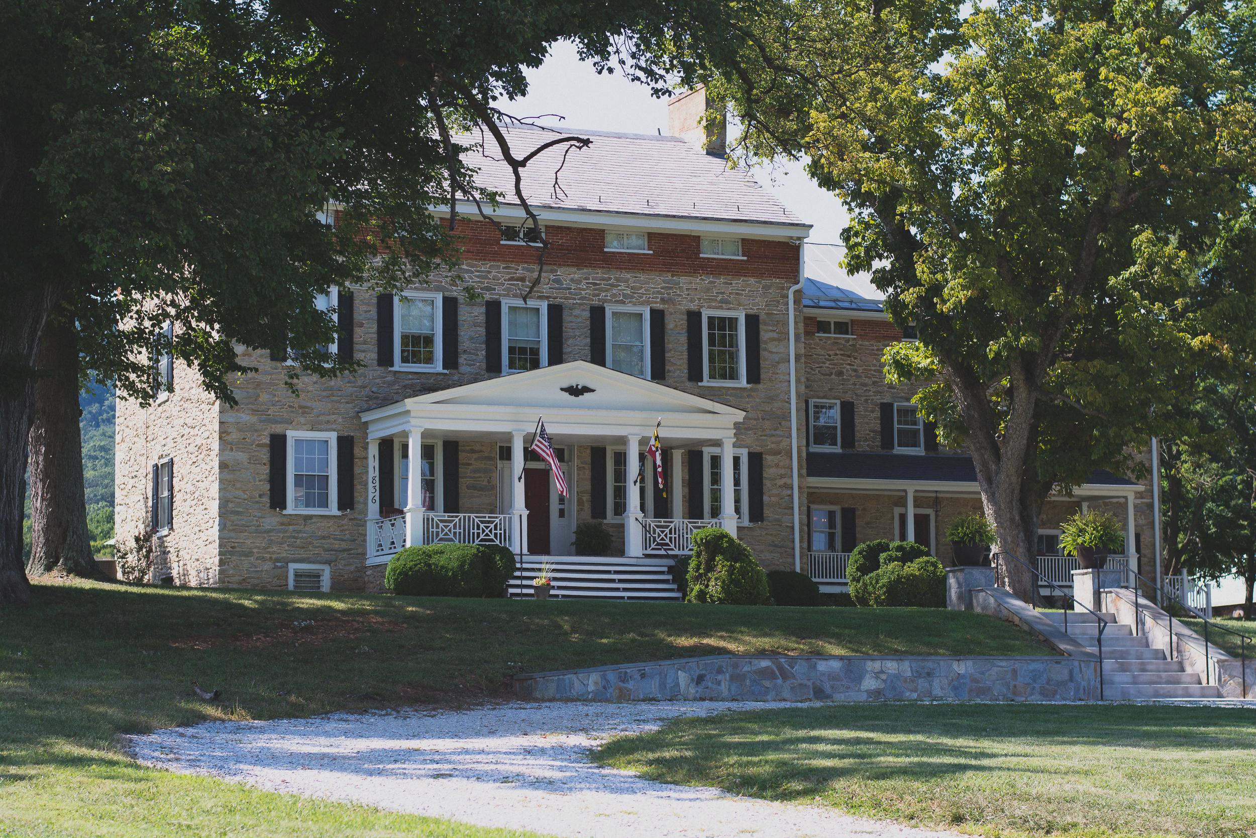 Springfield Manor Winery & Distillery Wedding Venue Photos