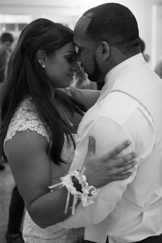 Springfield Manor Winery & Distillery Wedding Bride and groom dance Photos