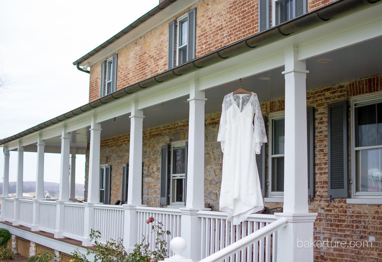 Walker's Overlook Wedding dress Photo