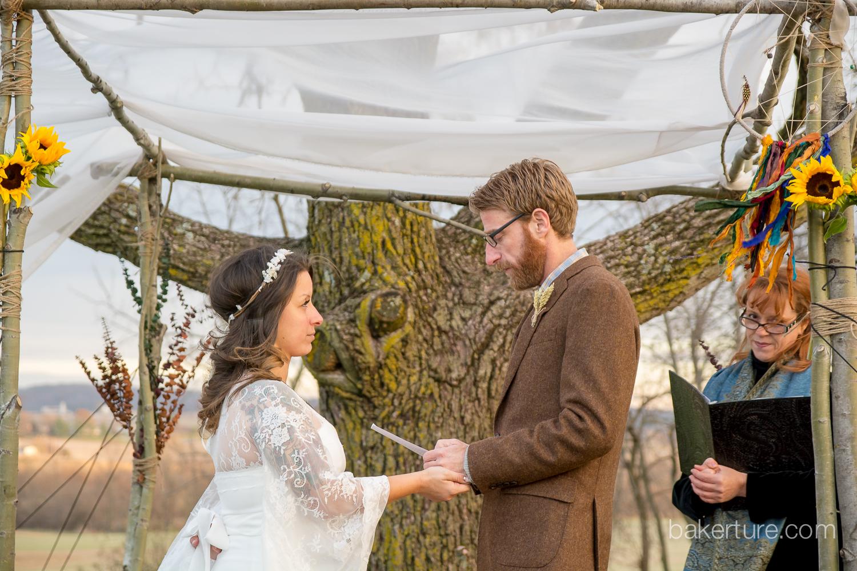 Walker's Overlook Wedding bride groom exchanging vowels at ceremony Photo