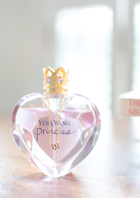 The Glasgow Farm Wedding bride perfume Photo