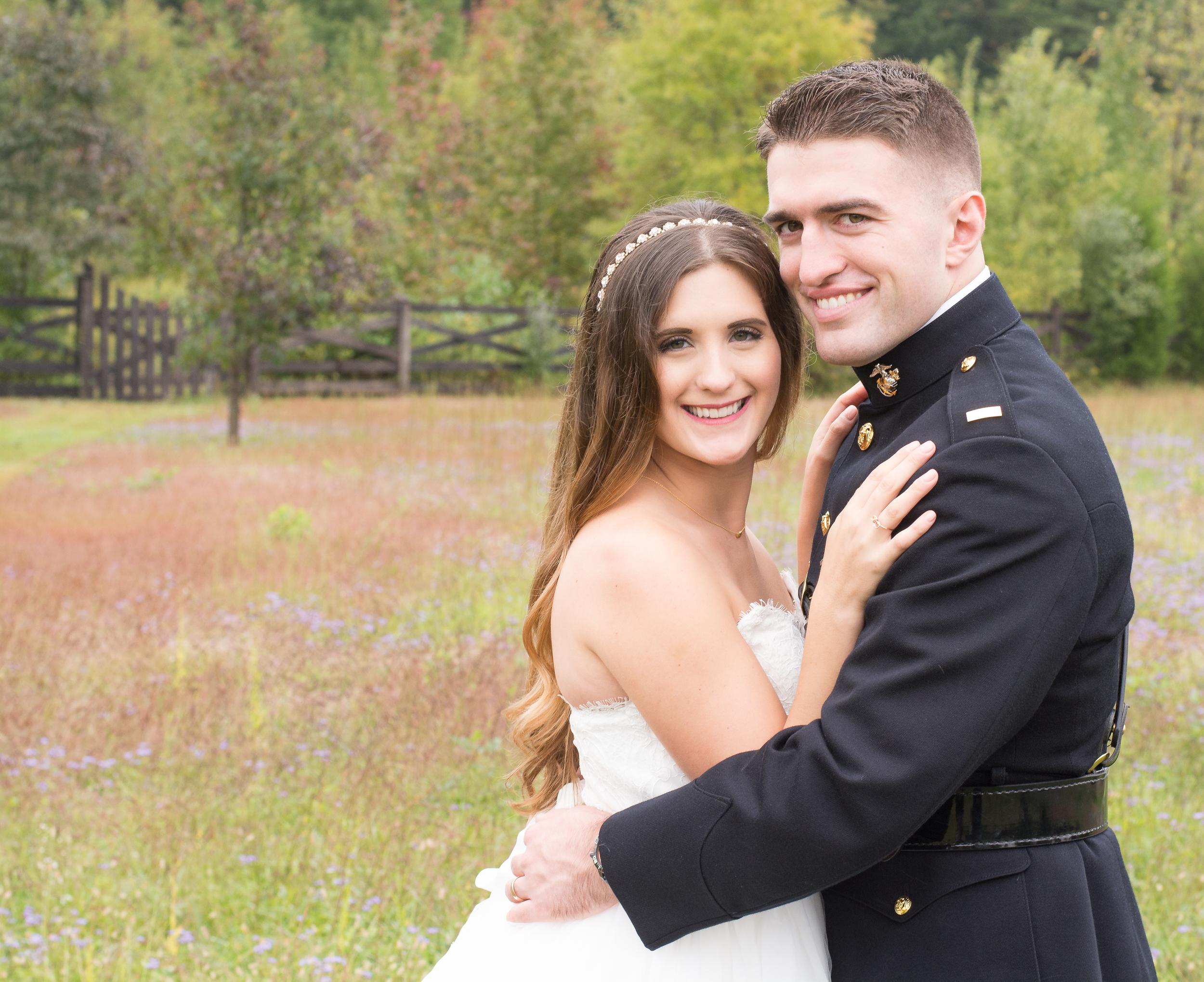 The Glasgow Farm Wedding bride and groom Photo