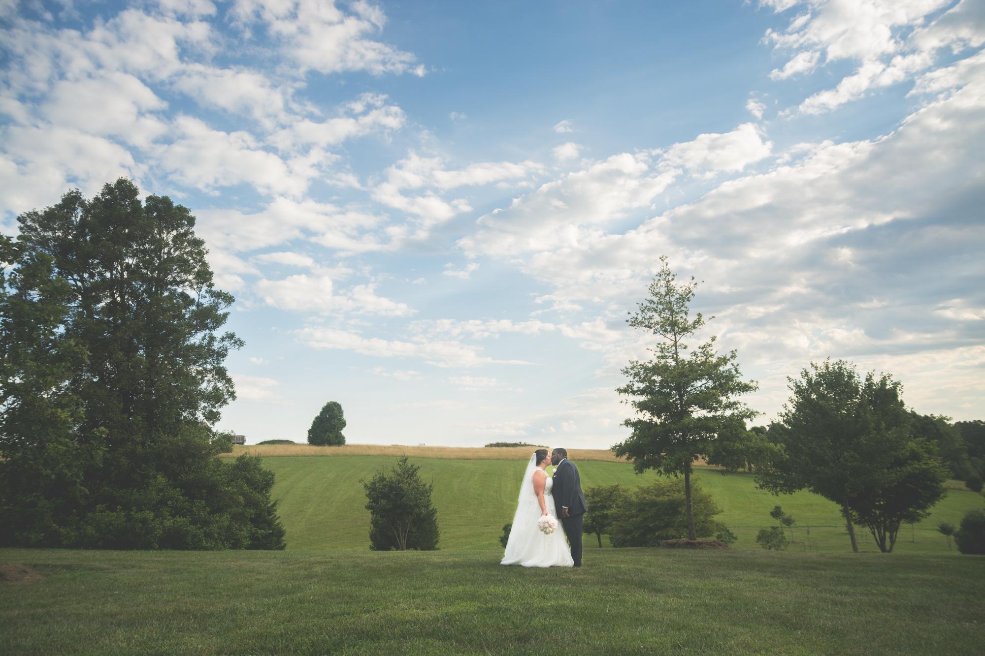 bride and groom glen ellen farm