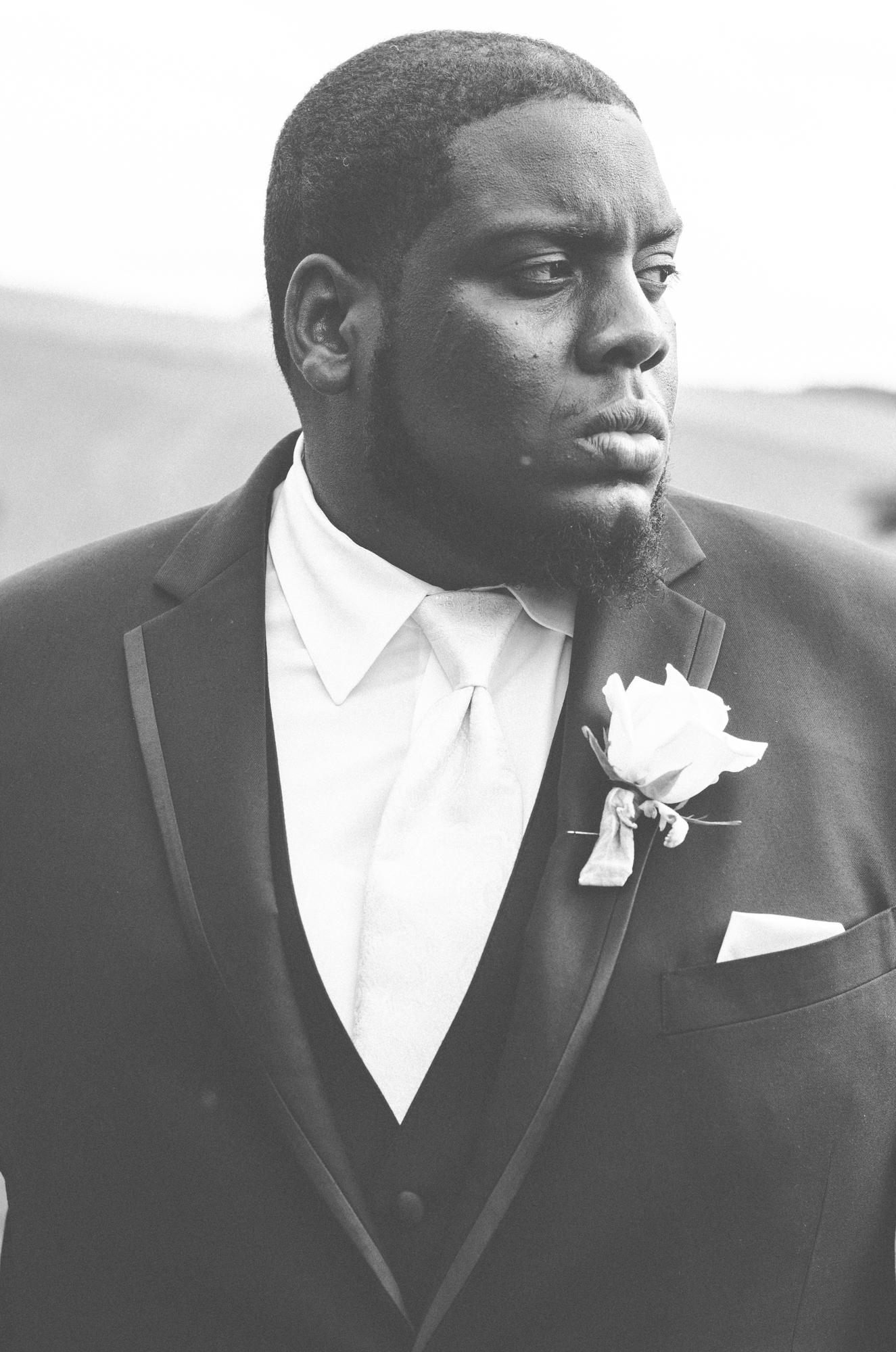 groom portrait glen ellen farm