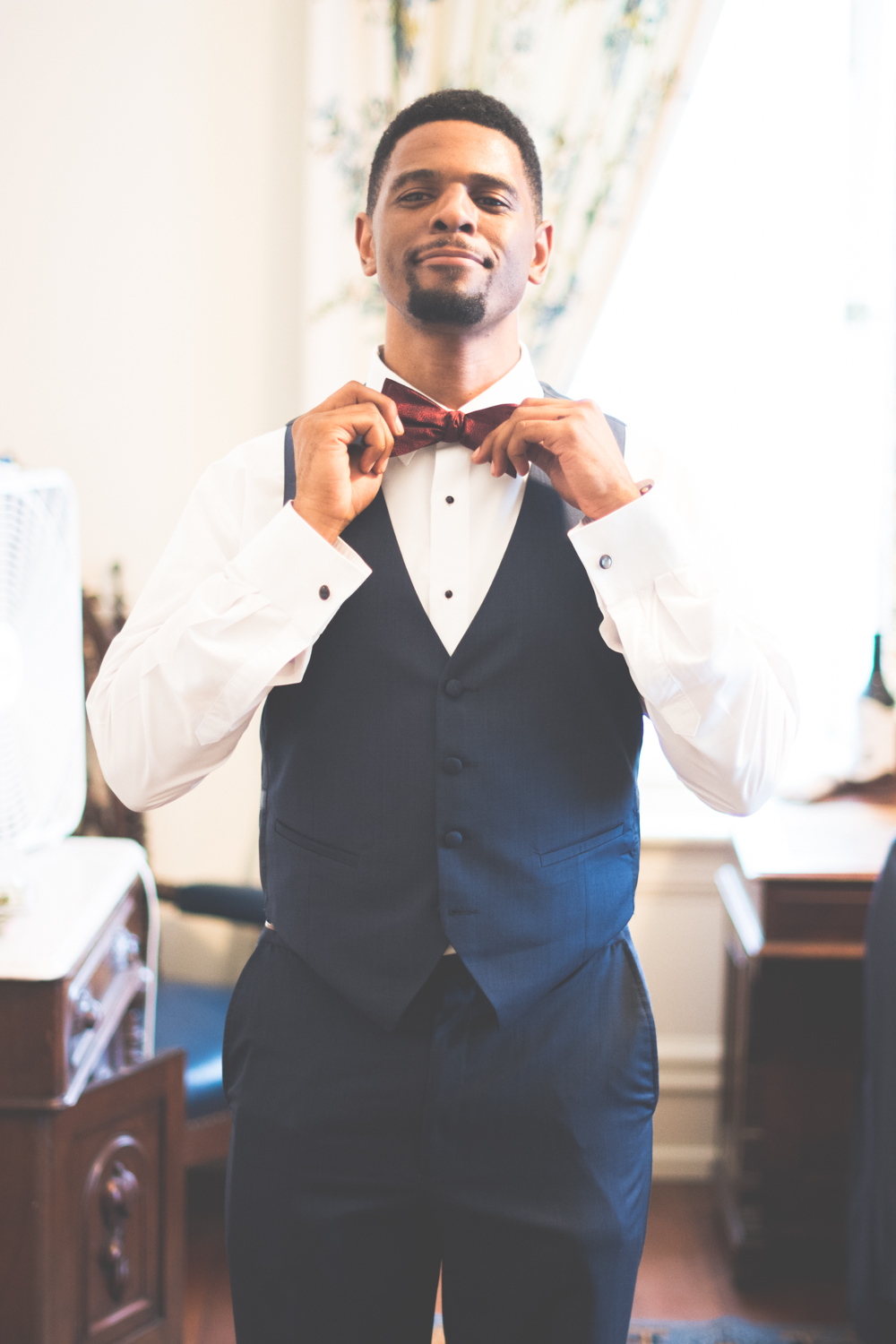 strong mansion wedding groom getting ready photo