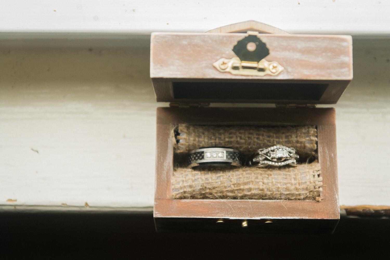wedding ring portrait photo